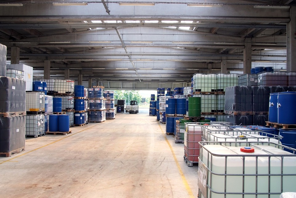 warehouse-629641_960_720.jpg