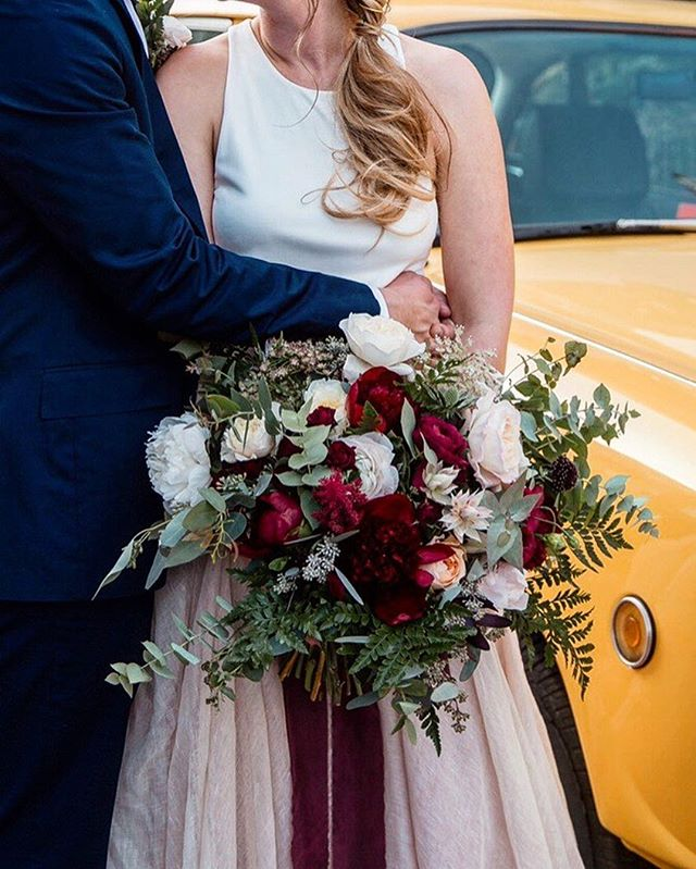 blustery bridal winterberry elaganza-extravaganza (pass over the mince pies and turn up the Mariah Carey already) 🎄🎄🎄🎄XL LADYGARDEN ☝🏼☝🏼☝🏼for a joyful bride last winter 🍃✨ ..... #myladygarden #mlg #londonweddings  #londonflorist #weddingflorist #weddinginspo #floristry #floraldesign #weddingfloristry #ramblingflorals #bararrangement #centerpiece #growinggarden #travellingflorist #underthefloralspell #eastlondonwedding #hackneyweddings #justengaged #engagementflowers #customdelivery #underthefloralspell