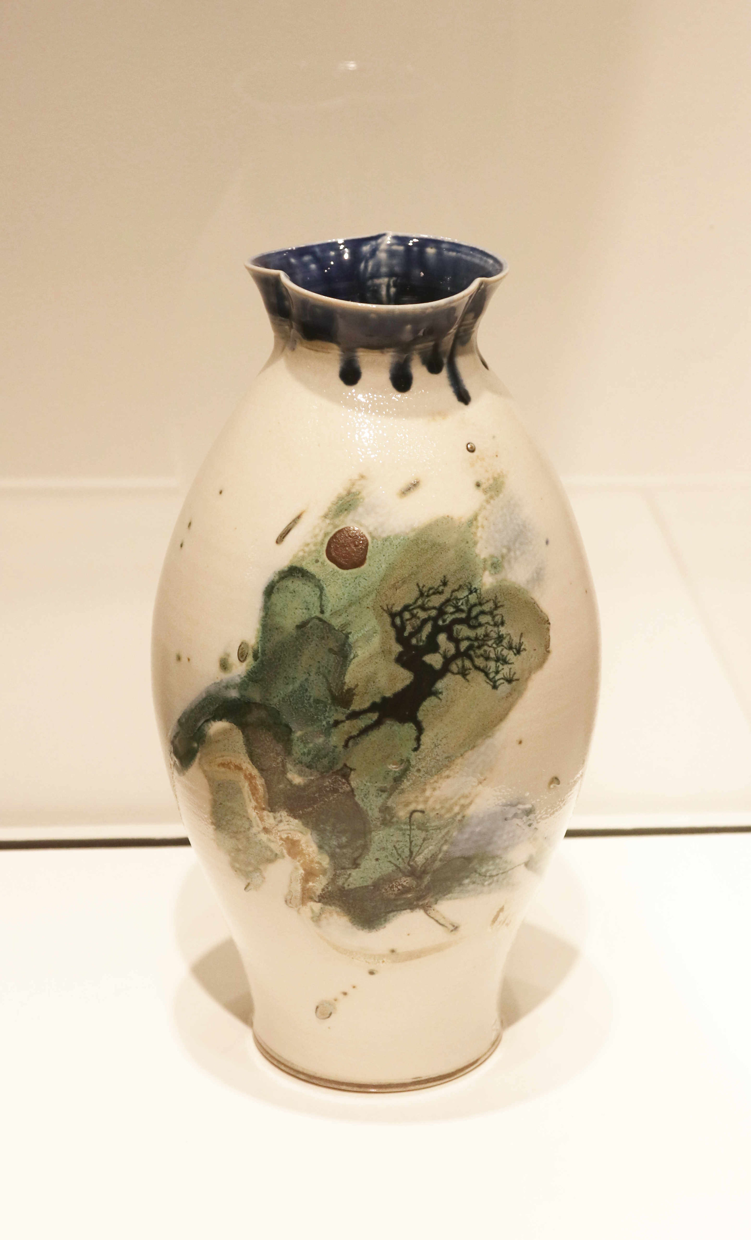 Michael Sherrill, Vase with Landscape, 1983. Porcelain, salt glaze.