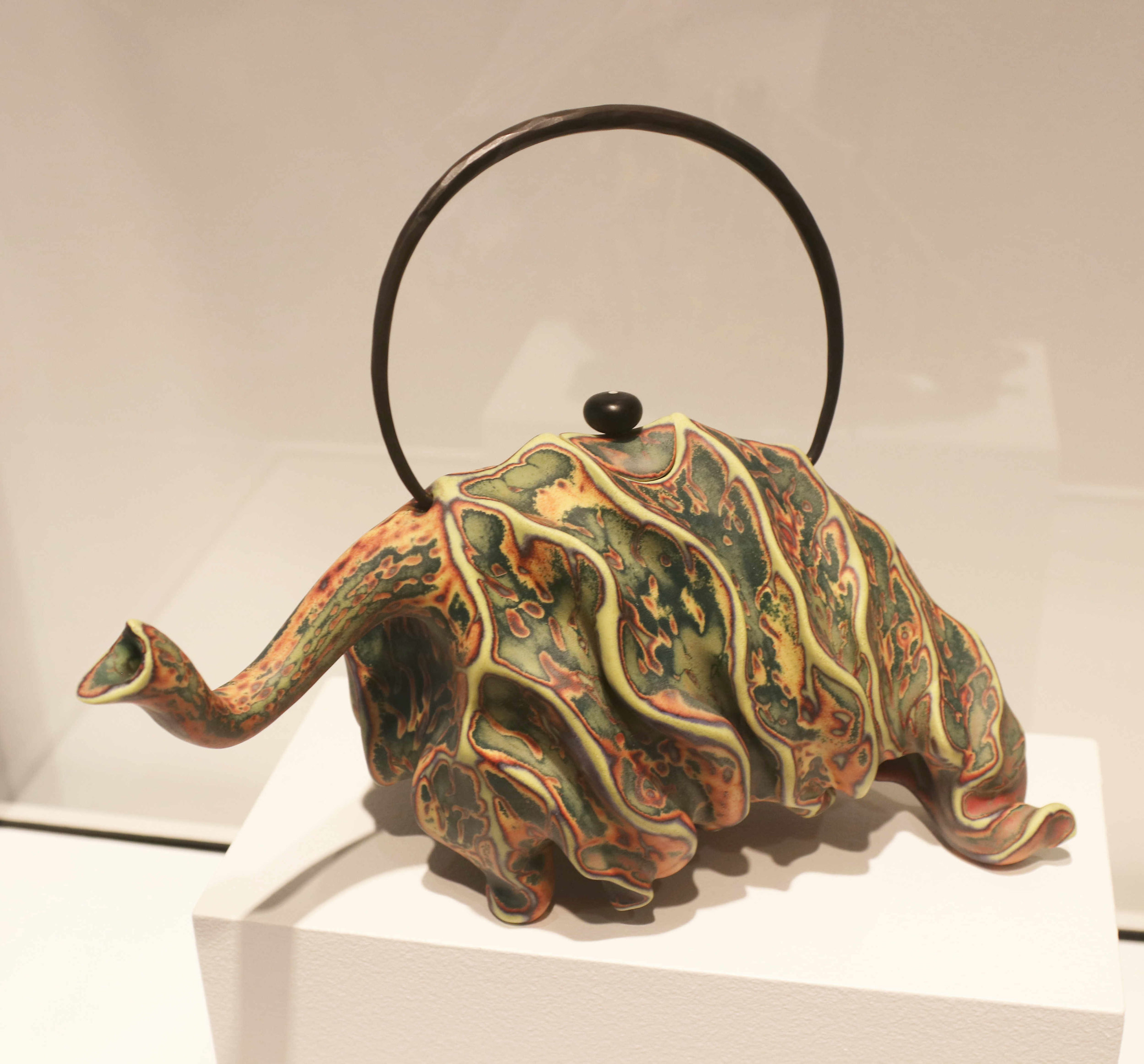 Michael Sherrill, Elephant Tea Leaf, 2005 (looking left). Porcelain, bronze handle and glass finial.