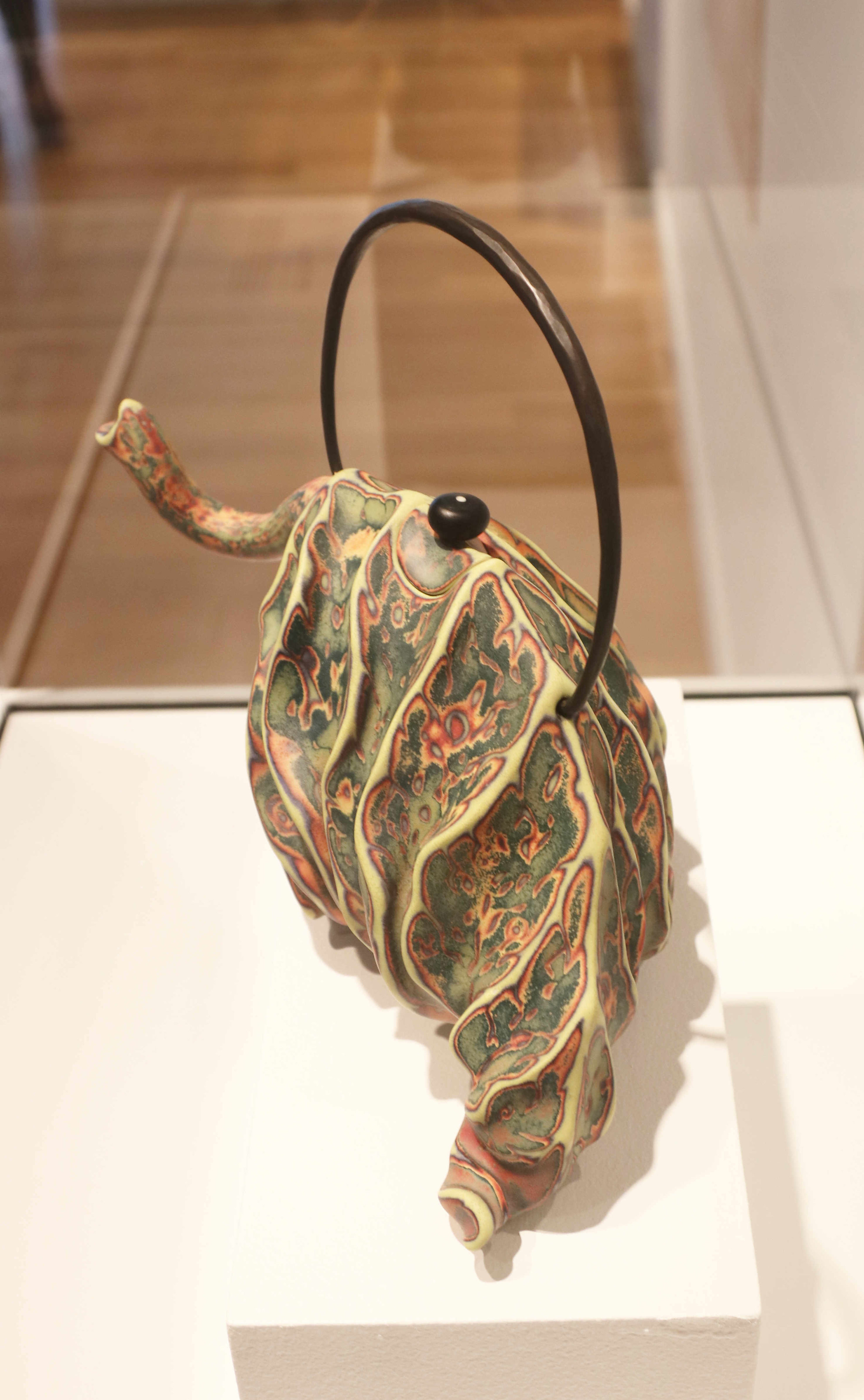 Michael Sherrill, Elephant Tea Leaf, 2005. Porcelain, bronze handle and glass finial.