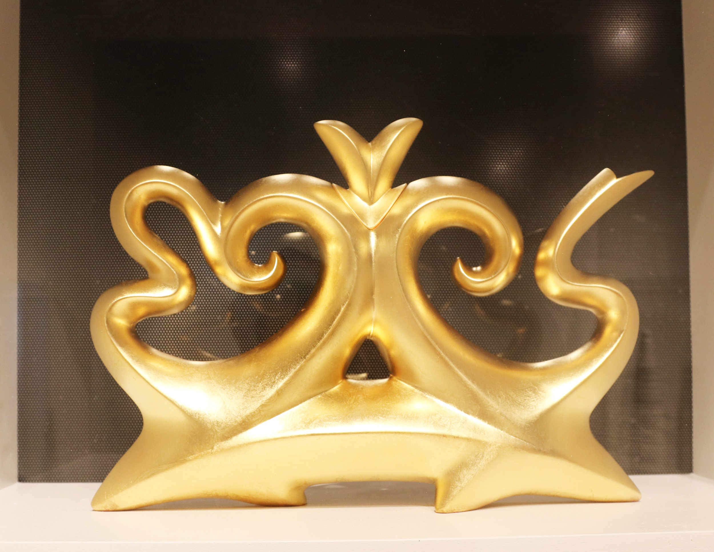 Michael Sherrill, Halcyon Tea, 1997. Fired white stoneware, 23K gold leaf.
