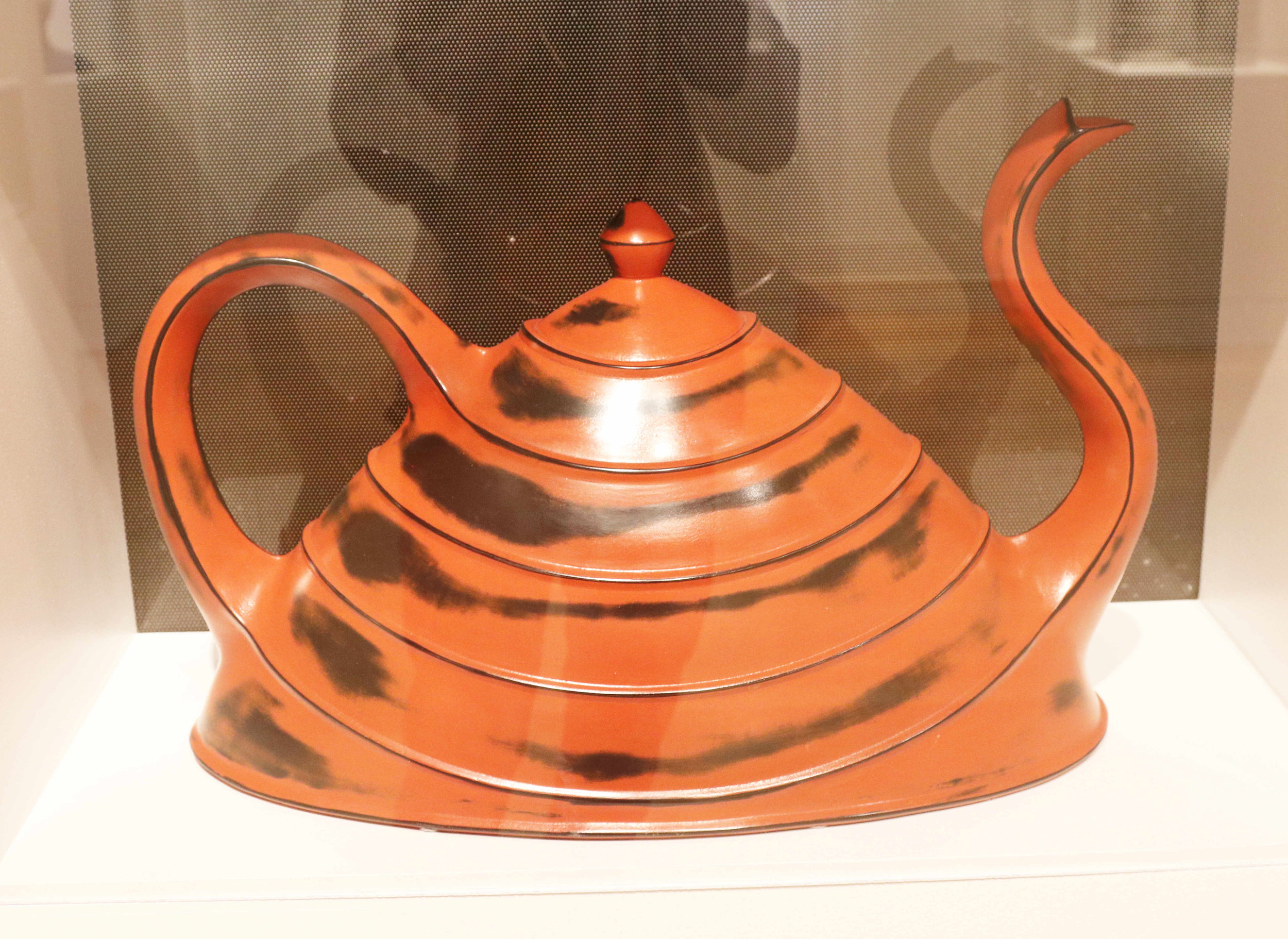 Michael Sherrill, Red Lacquer Teapot, 1997. Ceramic.