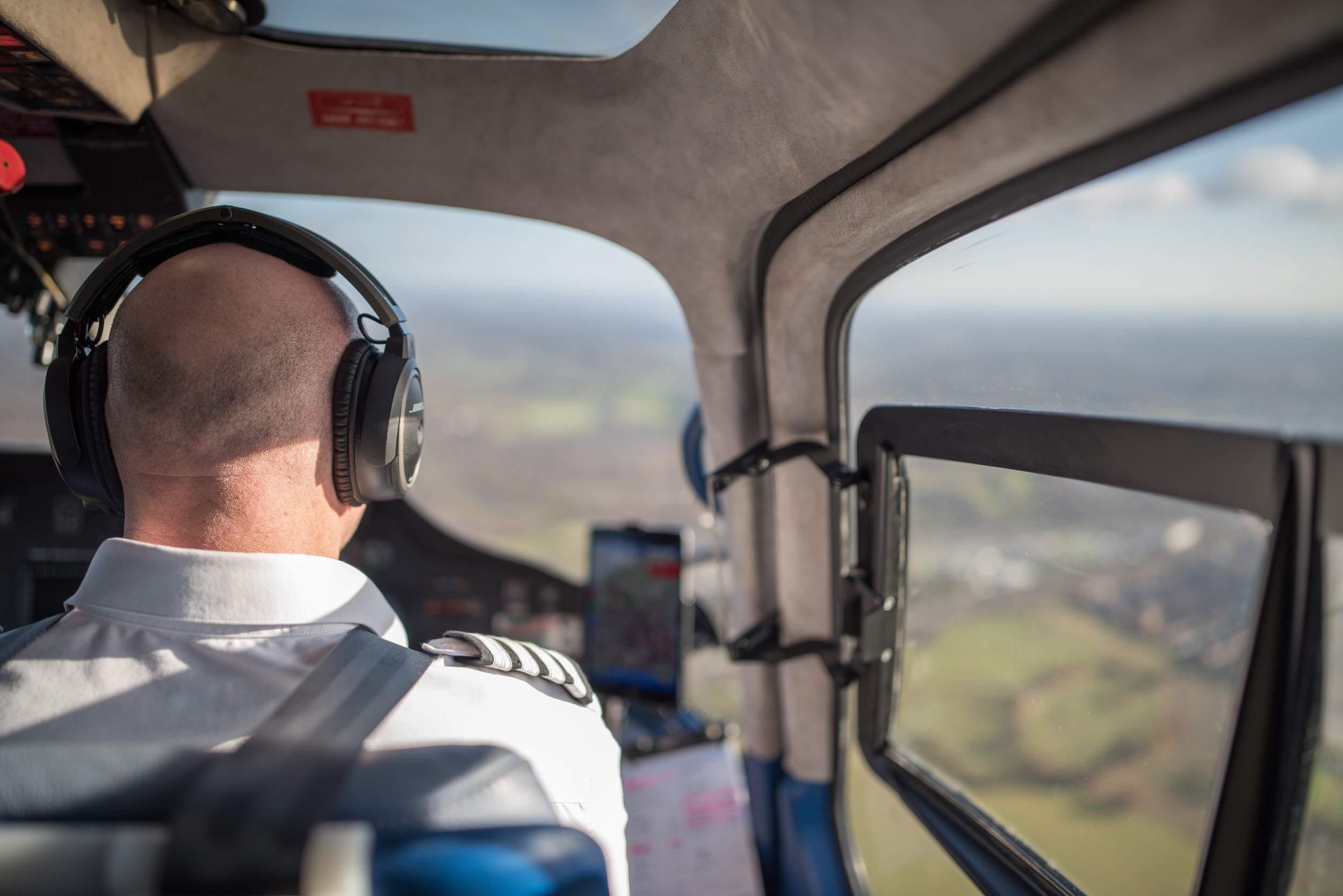 Air taxi service with personal helicopter pilot