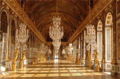 (Hallways of Louvre Palace)