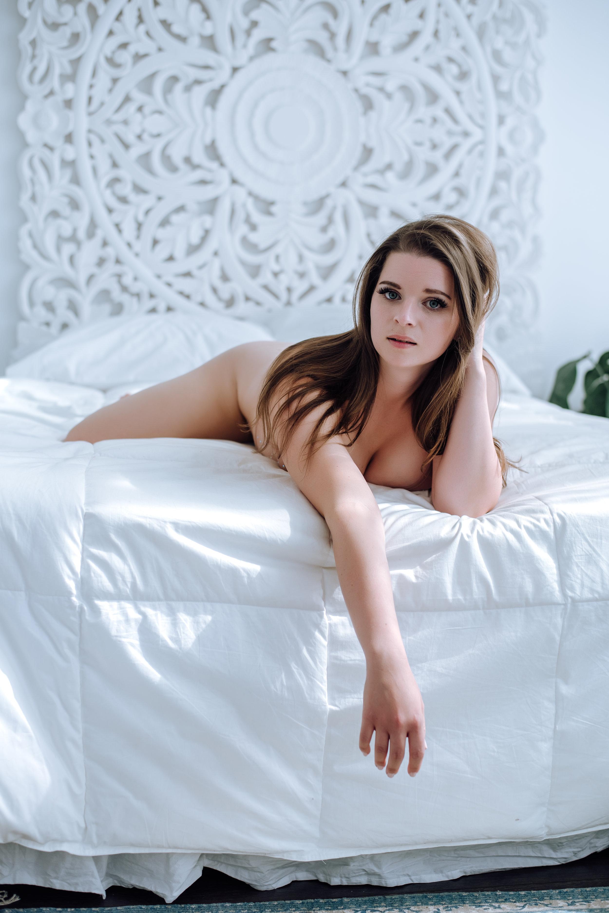 boudoir-photography-best-in-berks-7.jpg
