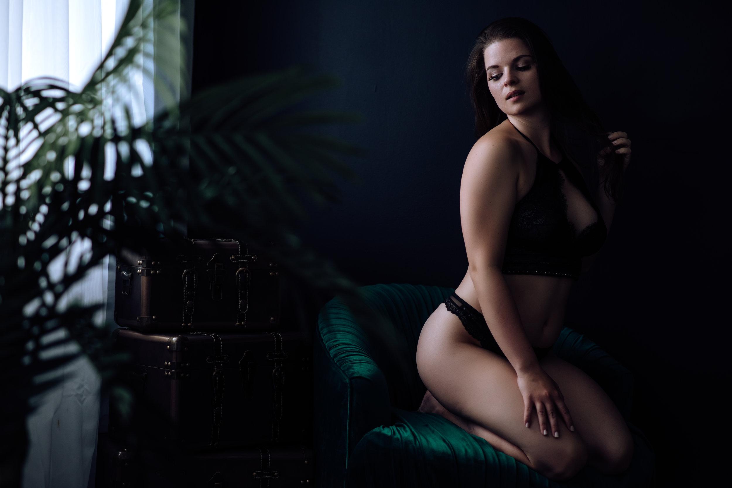 boudoir-photography-best-in-berks-12.jpg