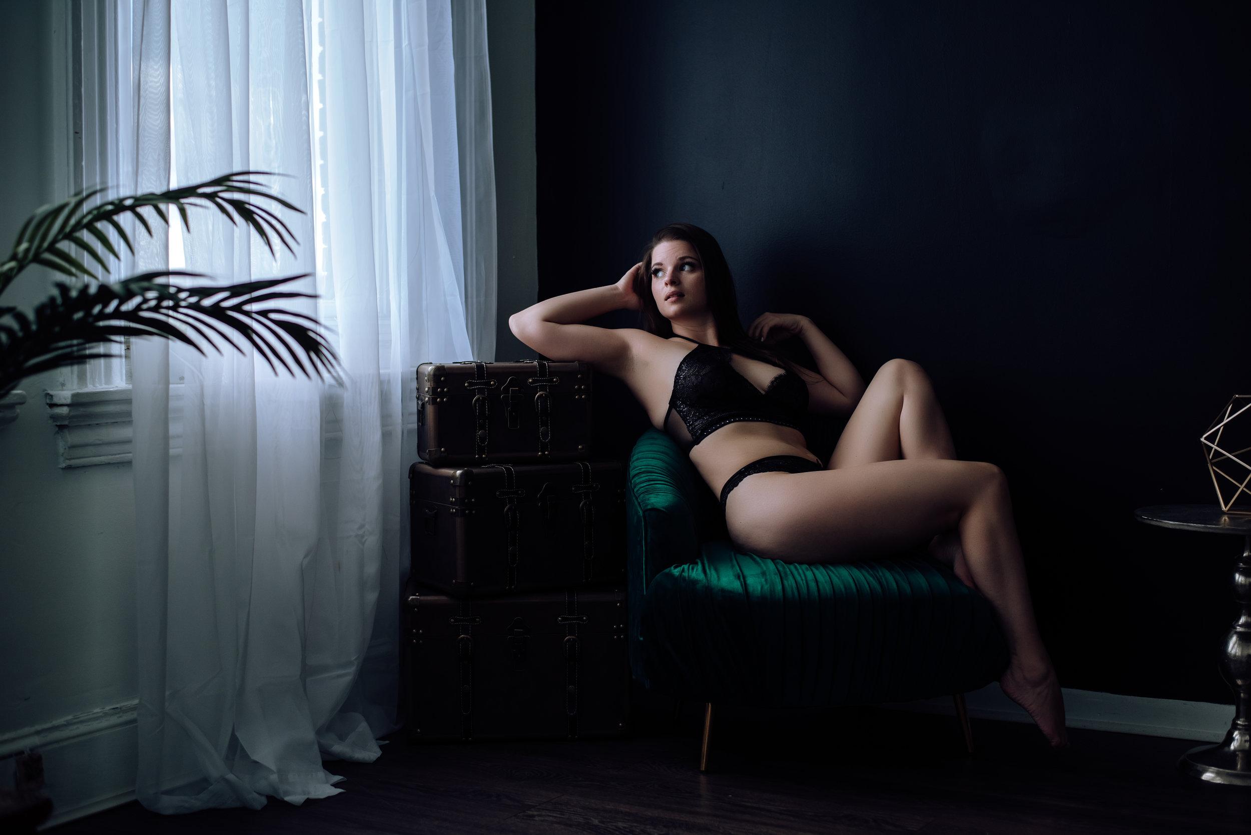 boudoir-photography-best-in-berks-11.jpg