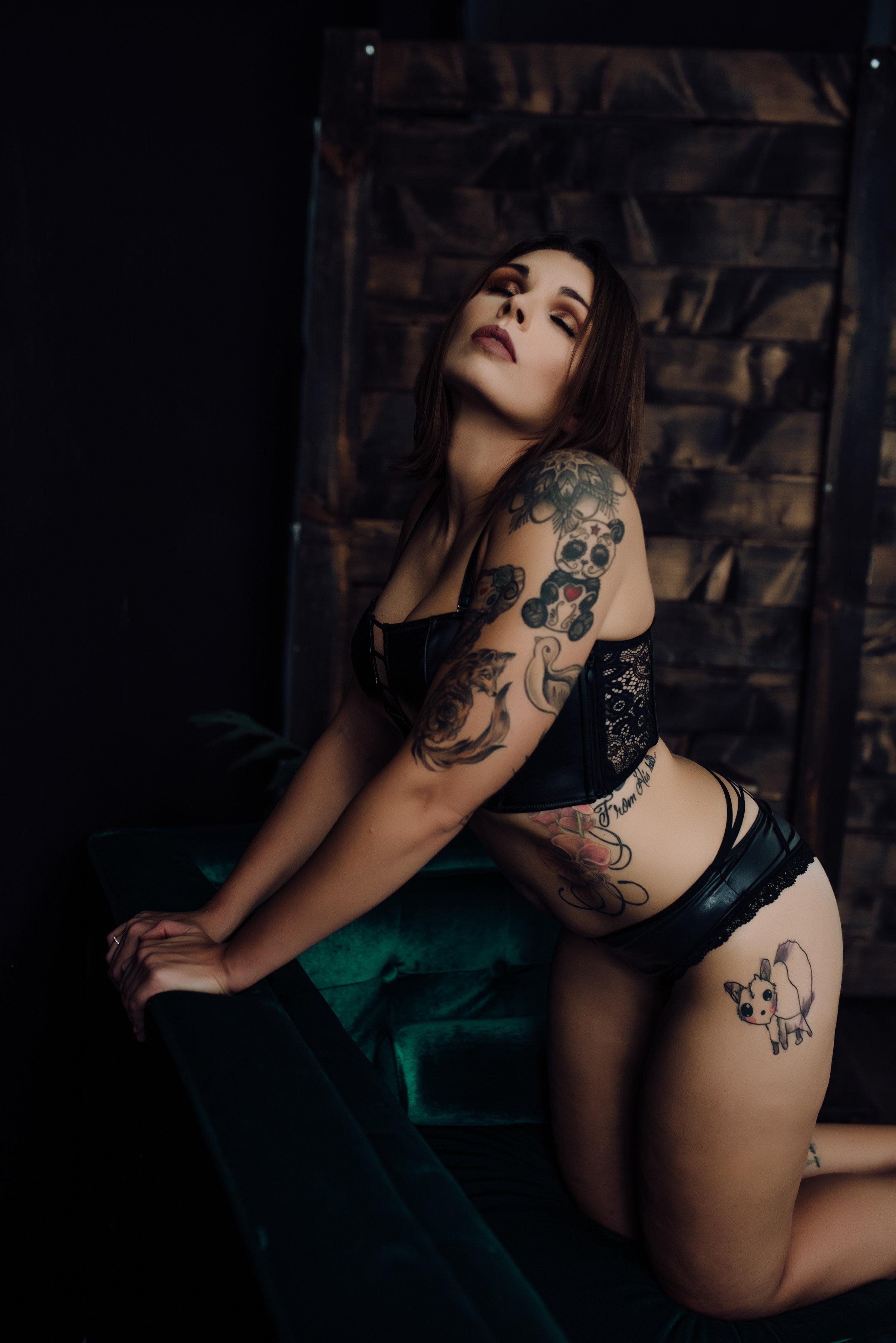 boudoir-photography-best-in-berks-35.jpg