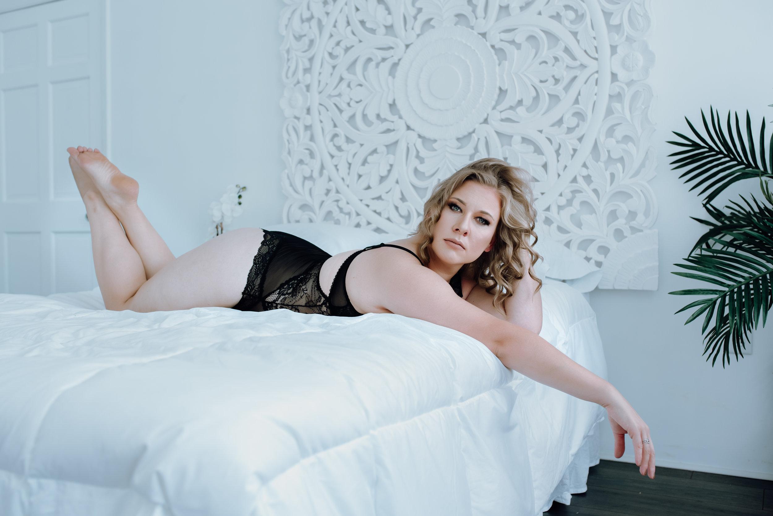 best-boudoir-photographer-01.jpg