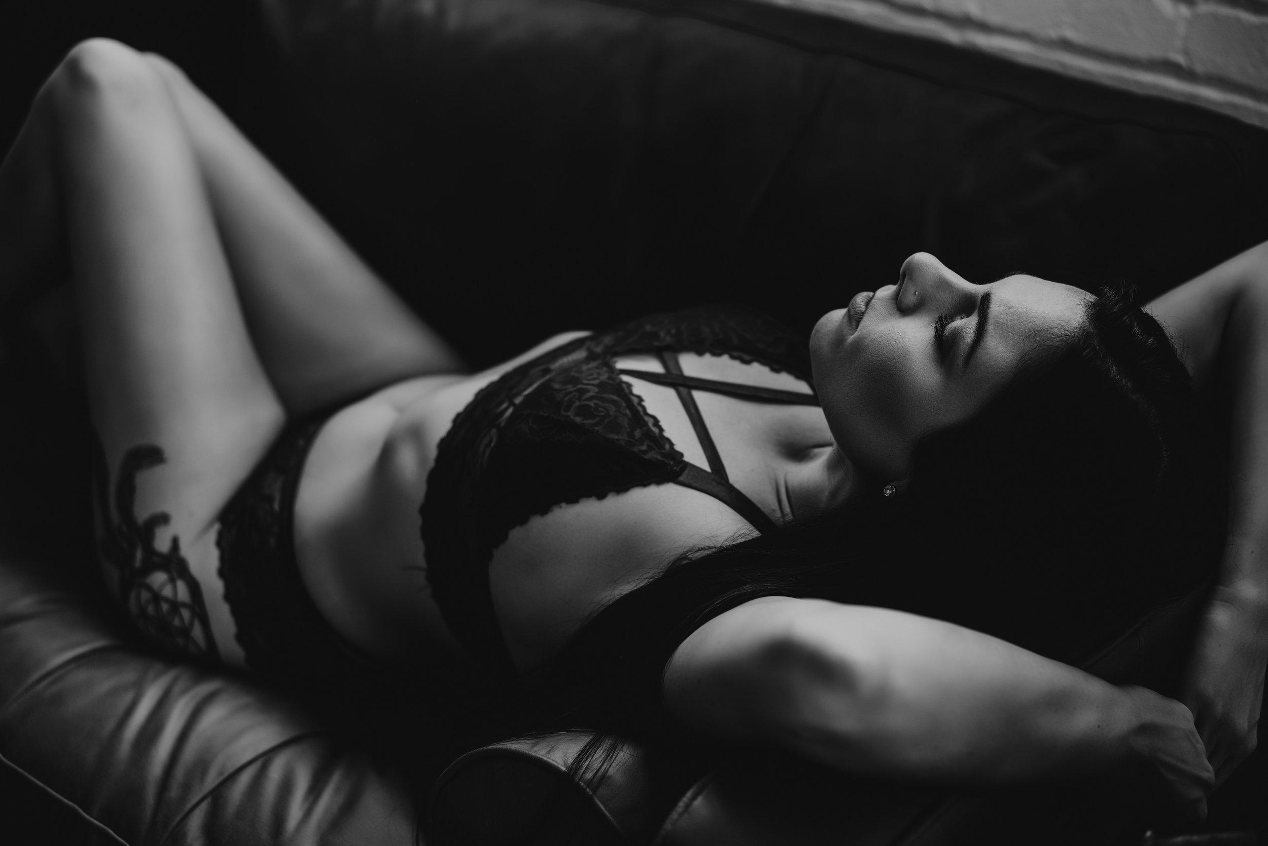 top-rated-boudoir-photographer-14.jpg