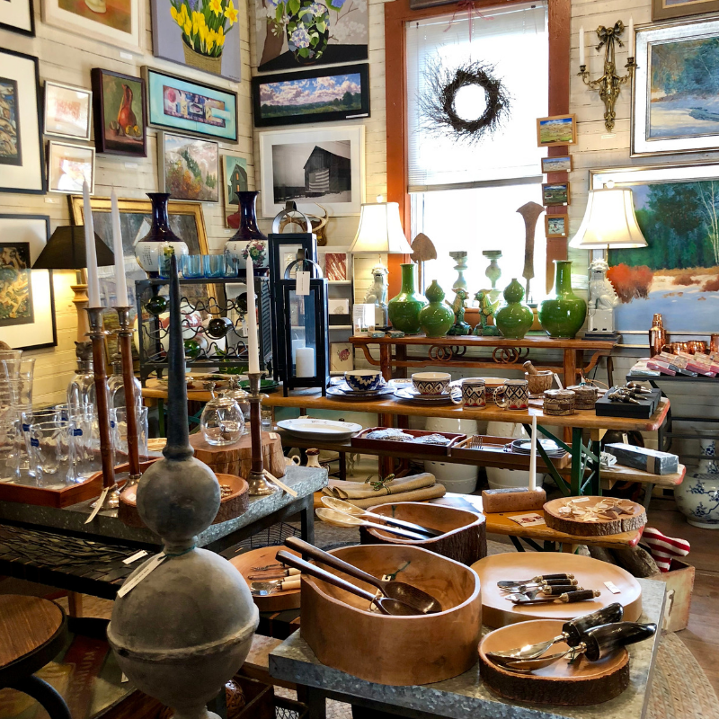River Gallery_Interior4.png