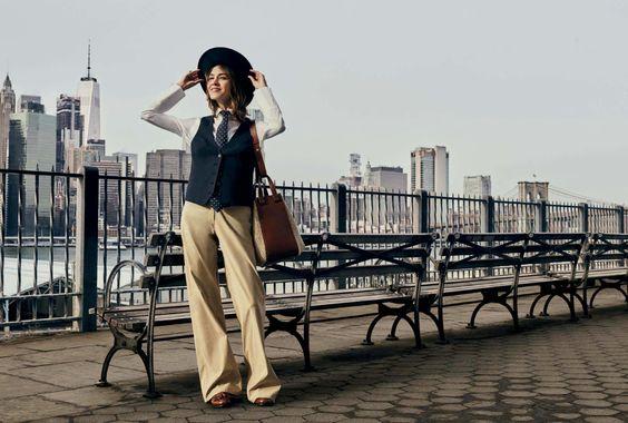 Alexa Chung as Annie Hall