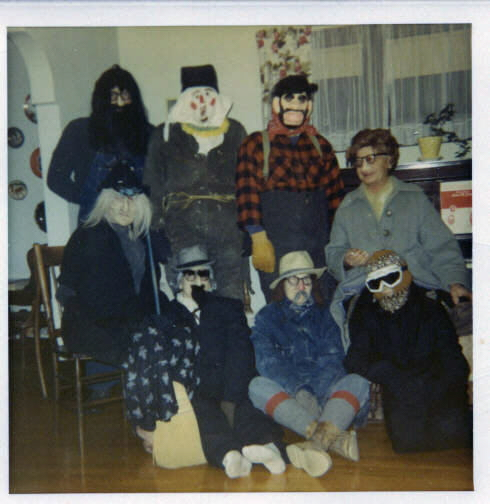 Julbukkers via the tarje grover family website
