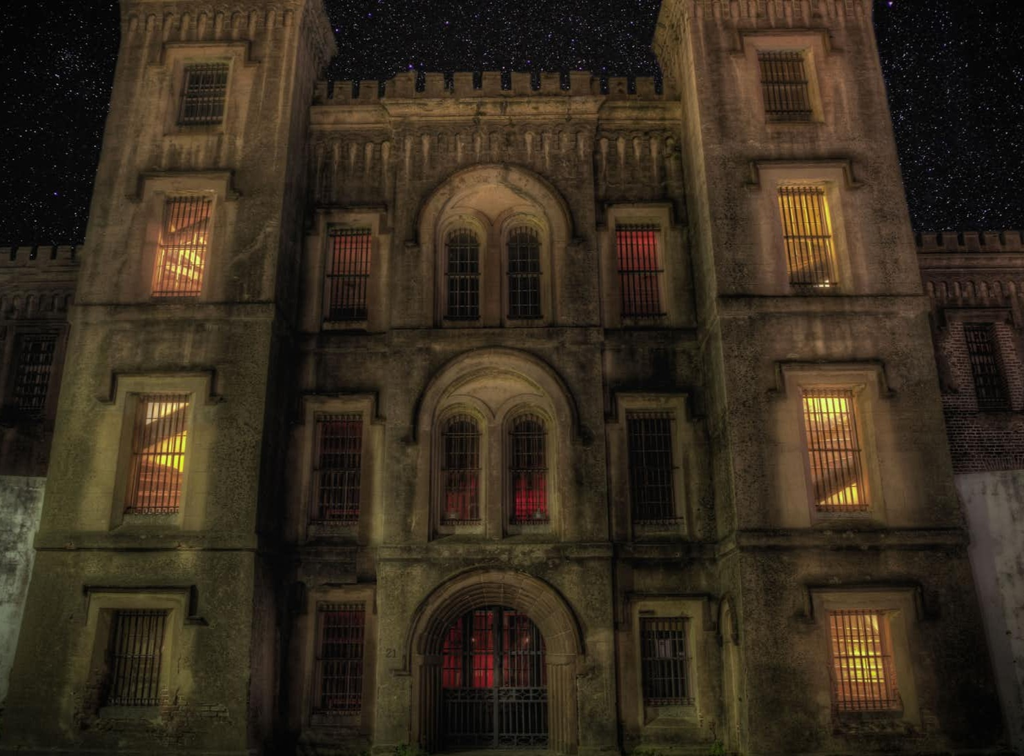 Old City Jail - What: You MUST sign-up for the nighttime trip round the Old City Jail for maximum spooks for only $28.Details: Nighttime Tours at 18 Anson St, Charleston, SC 29403.