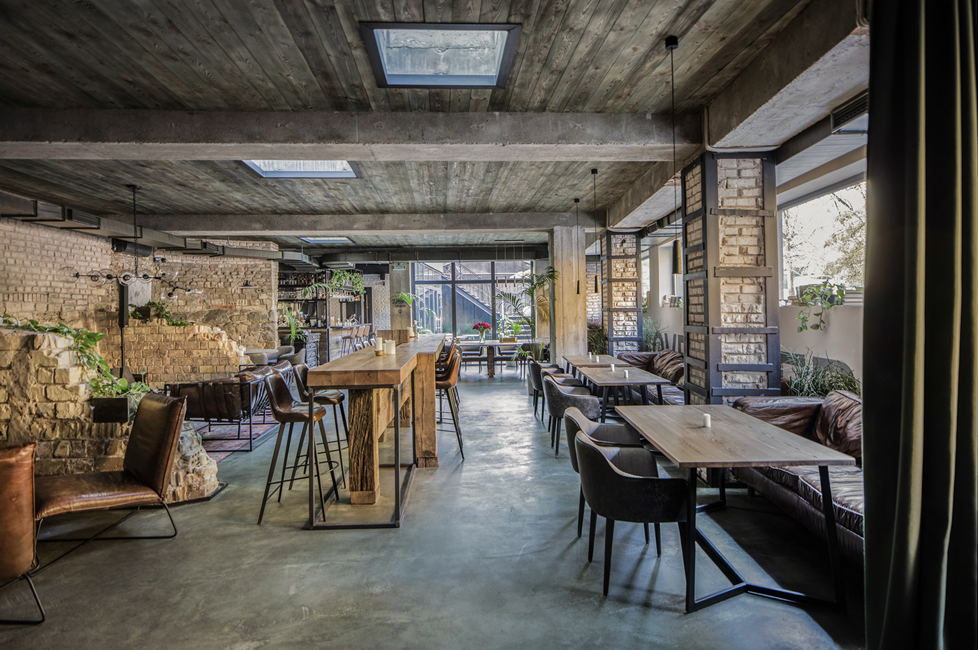HANGOVER BAR  / restaurant bar, 235 sq. m, Kyiv