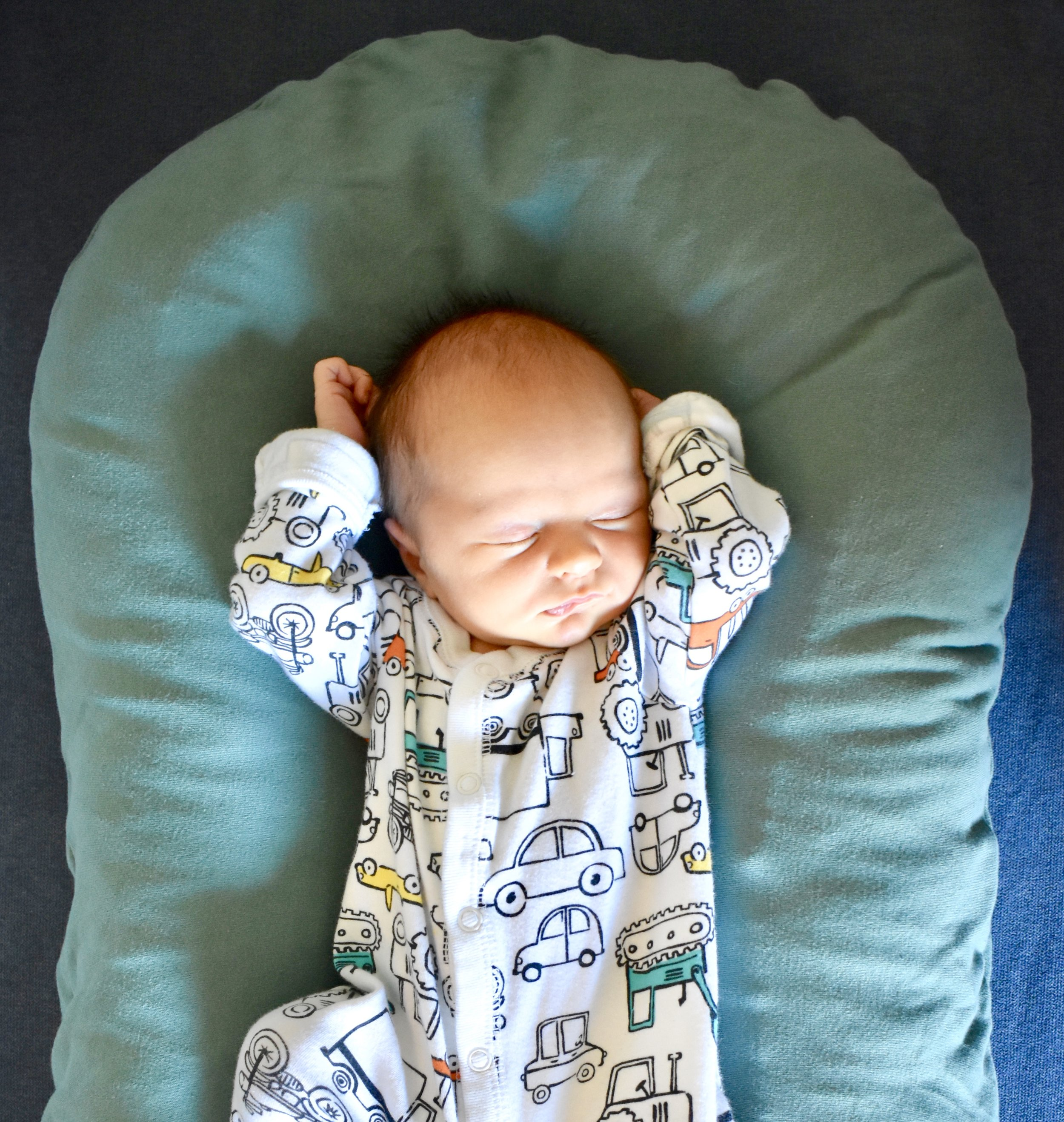 I forgot how lazy newborns are. Always just lounging around in jammies. They've got a good life. And I have a good life with them.