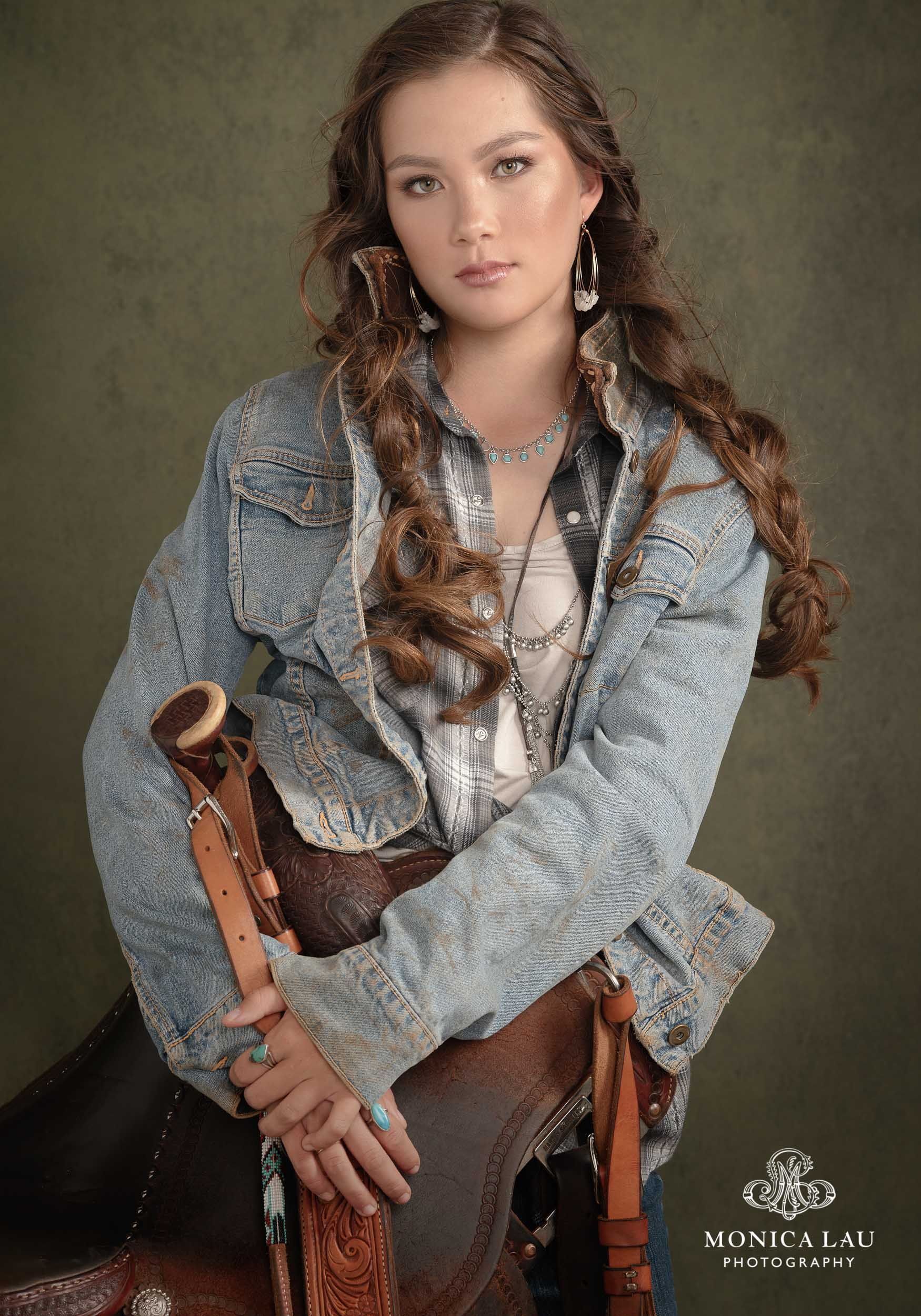 19MonicaLauPhotography-ShelbyWallenCowgirlPortraits0738-3-2.jpg