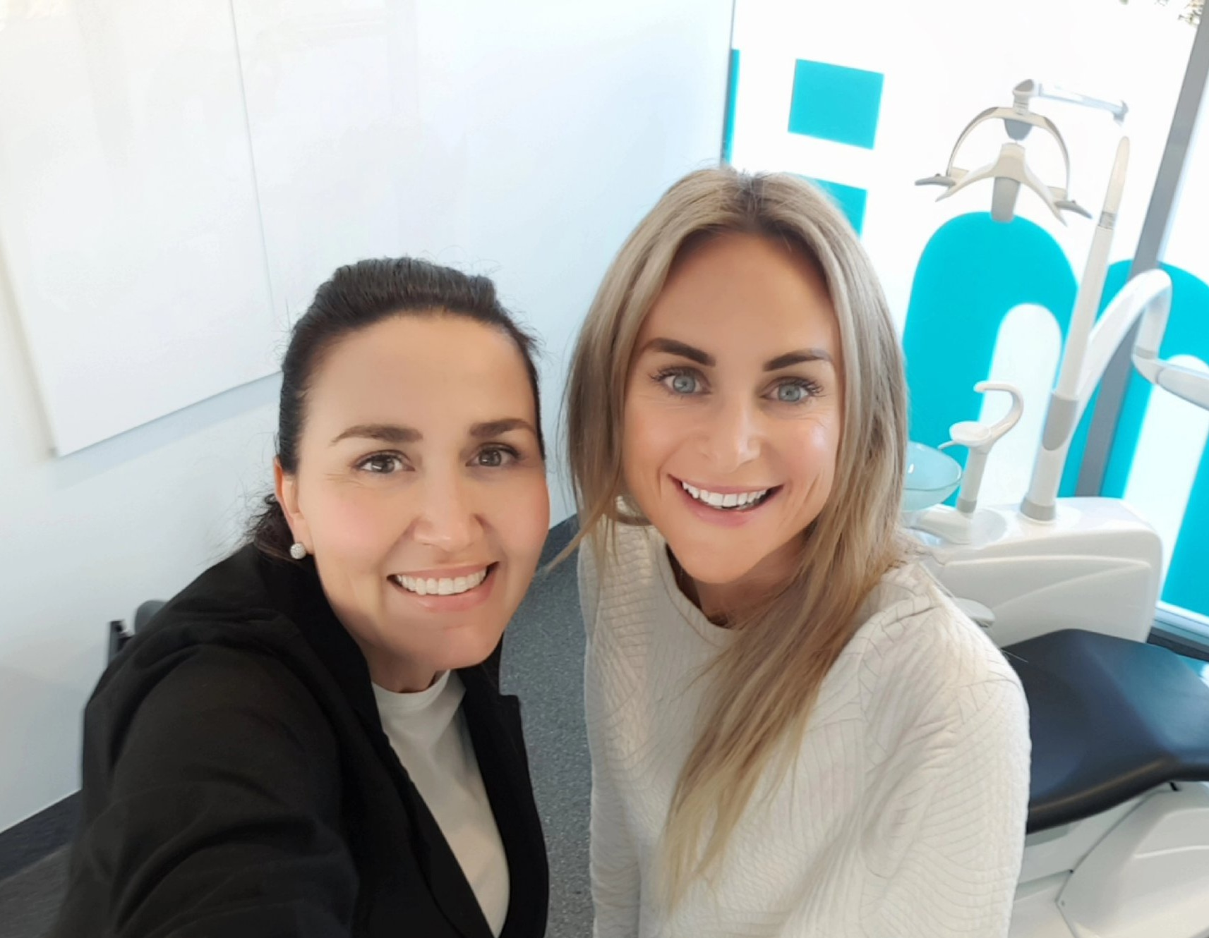 """Thank you - """"Thank you Victoria. I love love love my WHITE teeth""""-Friena Sands (May 2019)"""