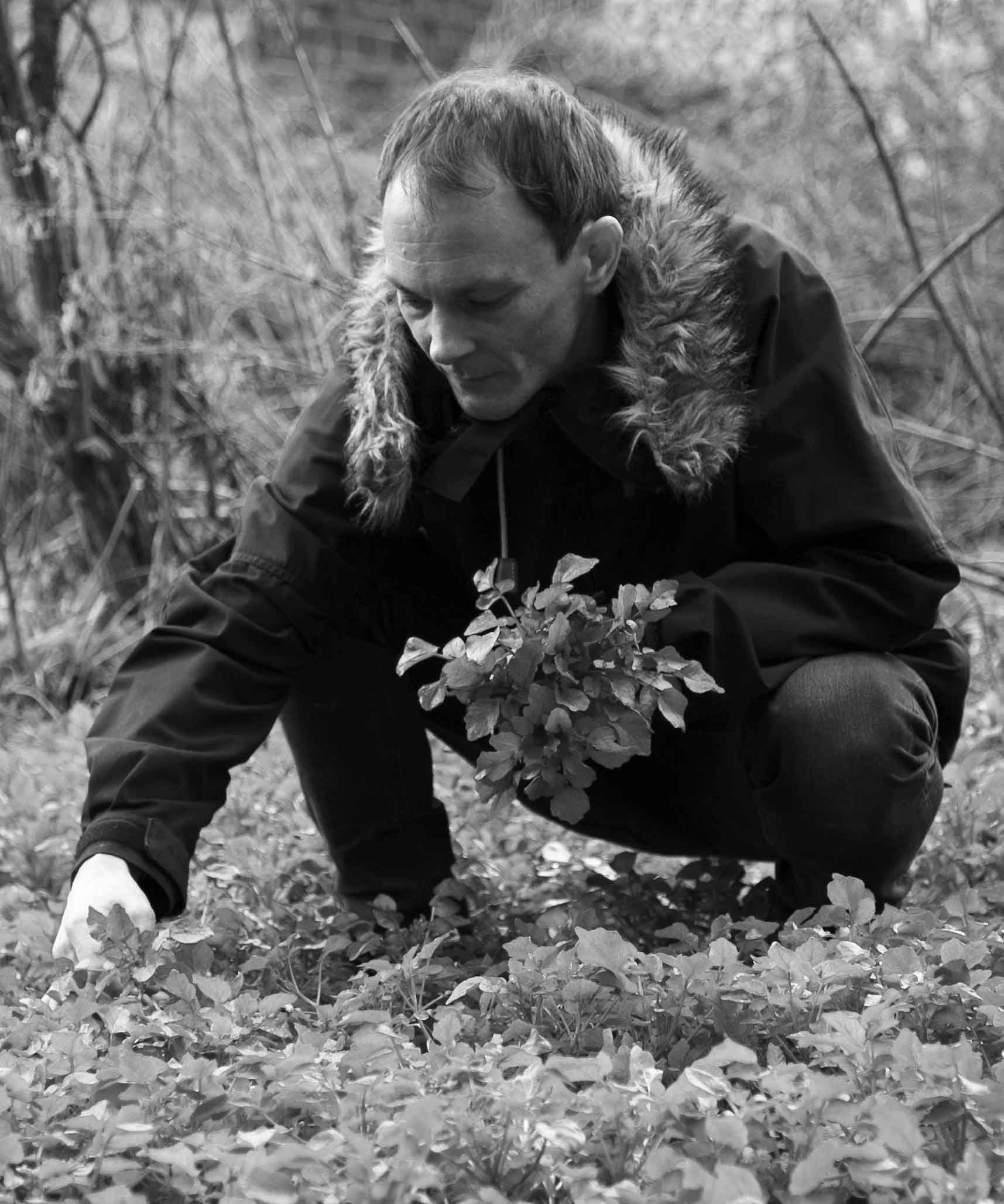 Jamie - Somerset  Jamie's spent years mapping out the green county's woodlands and coastlines. No request is too obscure for this woodland dweller, constantly on the hunt for new and exciting wild edibles. Be it obscure fungi and thimbles full of flowers, he'll find it for us.