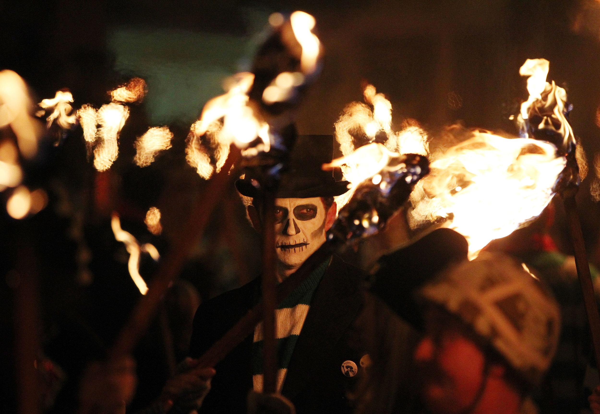 Desfile en Londres celebrando el día de Guy Fawkes y su plan. Fotografía: Getty Images