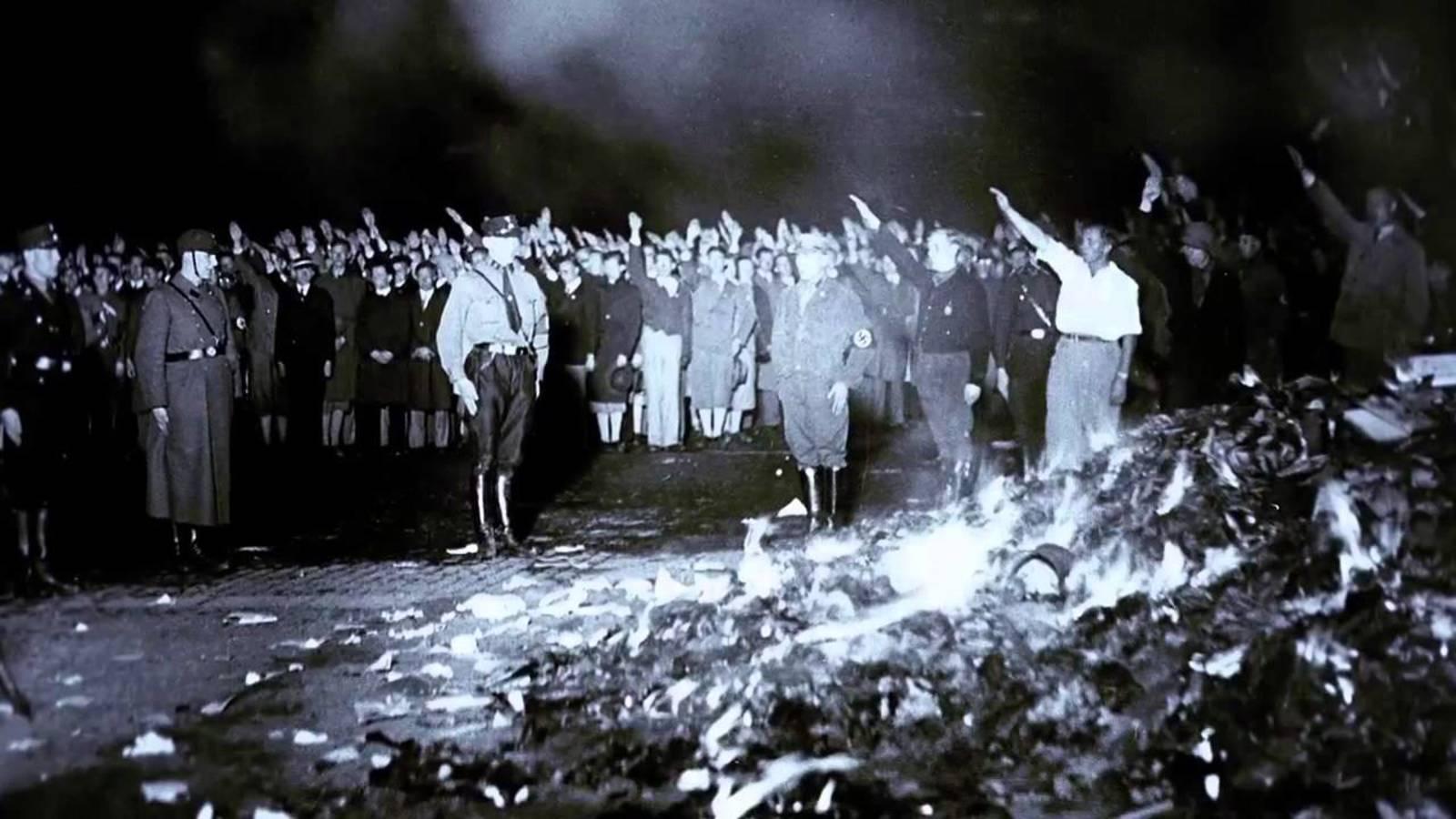 los-nazis-no-quemaron-tantos-libros-como-nosotros.jpg