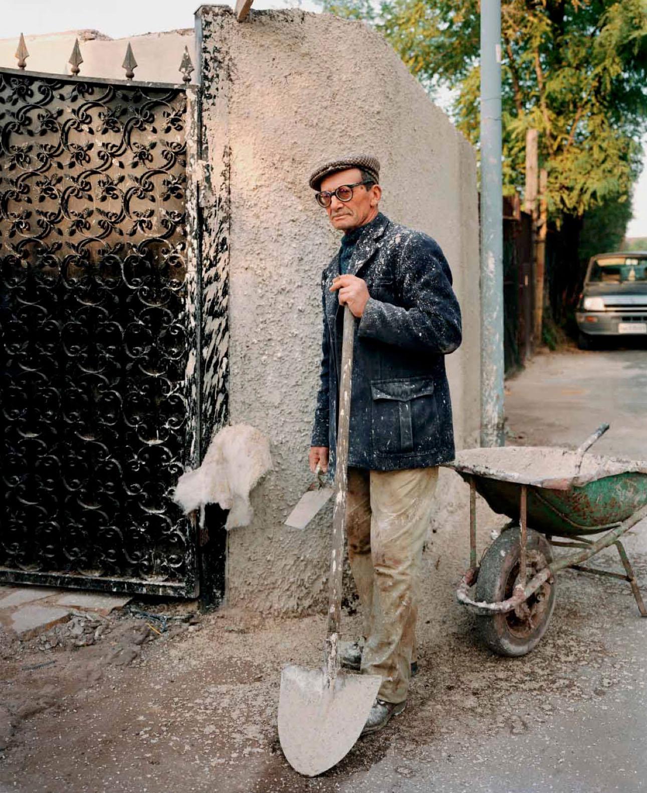 A man at work, near Via Appia Nuova, Frattocchie, November 1990
