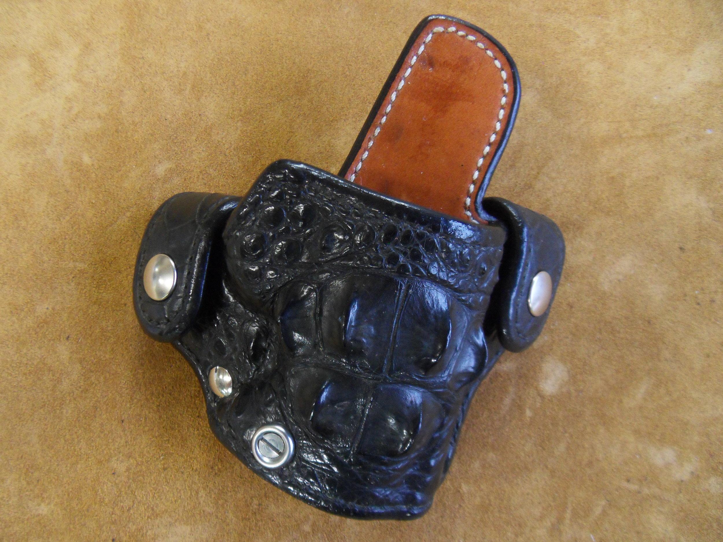 "0036 - 1911 3"" Hornback Croc - $450.00"