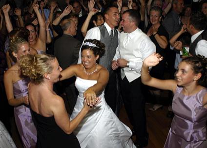 Wedding Bride Dancing absolute_sounds_wedding_dj_disc jockey_photo_booth_peterborough_cobourg_durham_belleville_oshawa_whitby_ajax_pickering_kawartha_lighting_mc.png