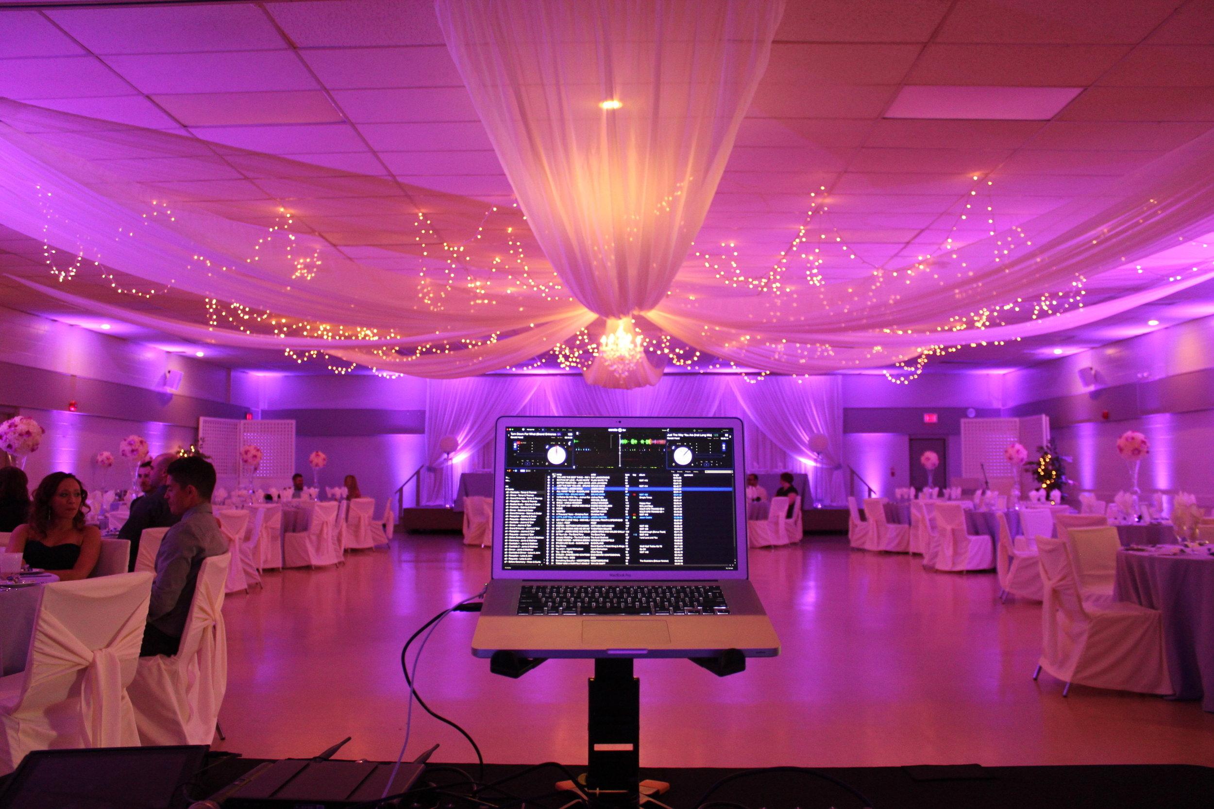 decor uplighting