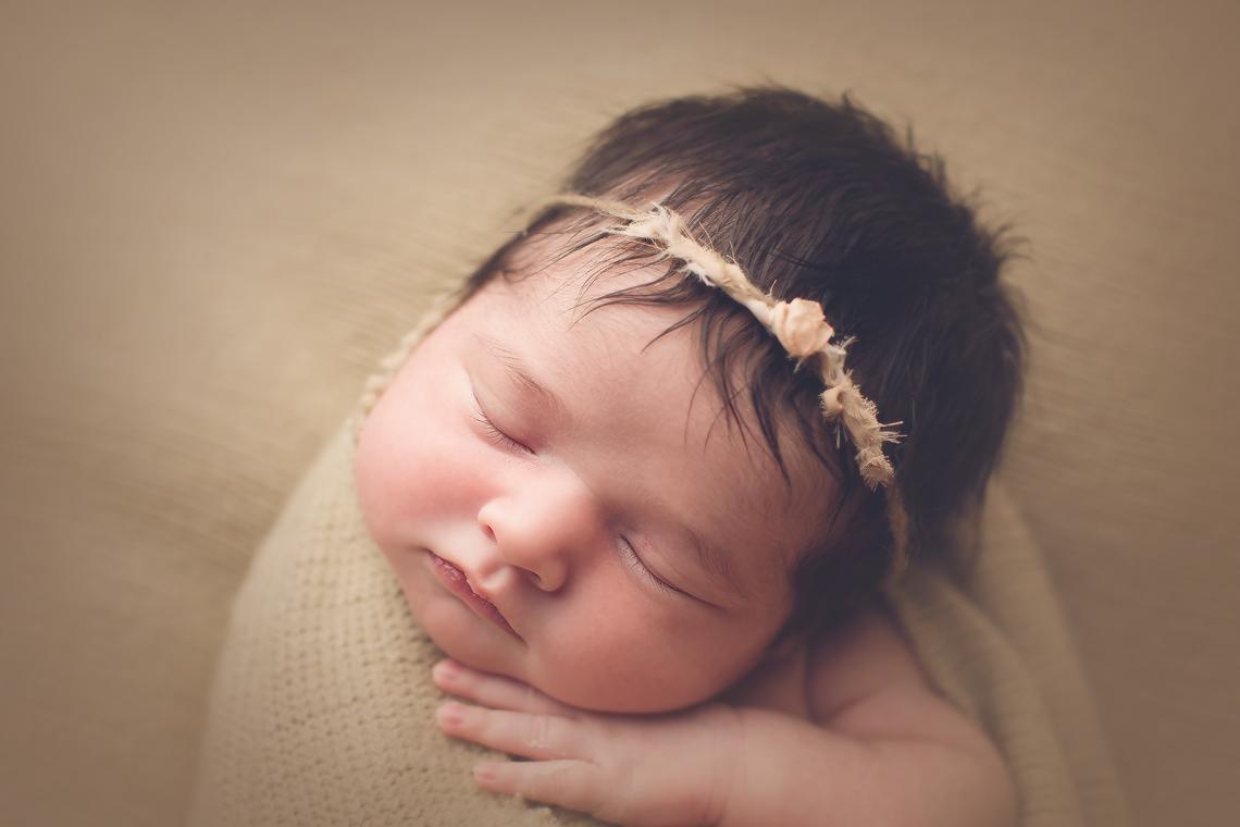 maryland-newborn_baby_photographer_beautiful_hair.jpg
