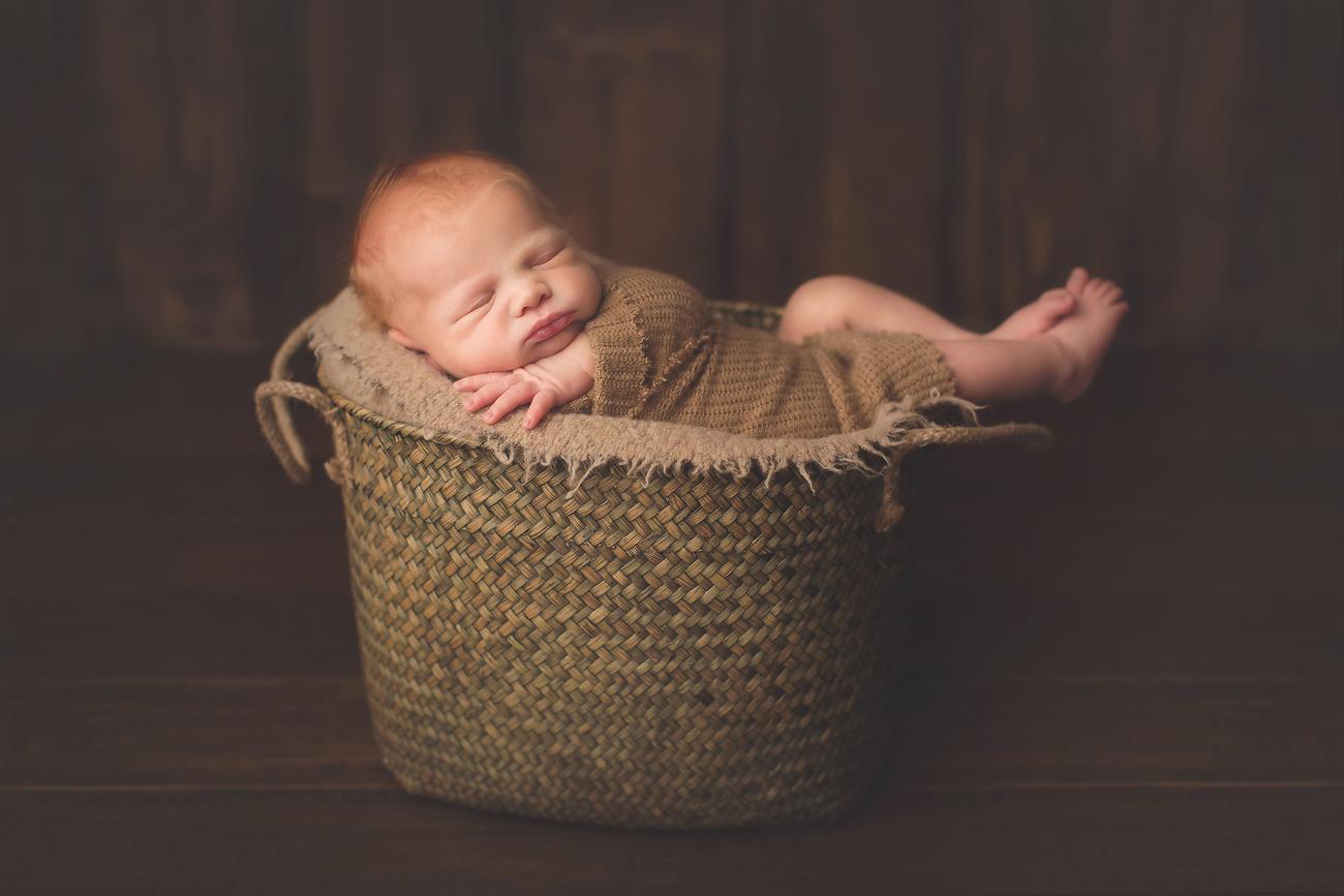 maryland_newborn_photogrpaher_baby.jpg