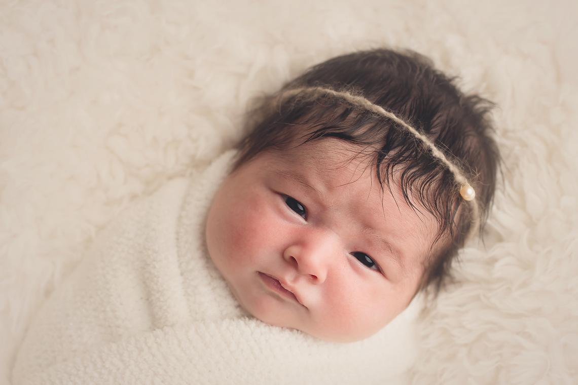 maryland_newborn_photographer_awake.jpg