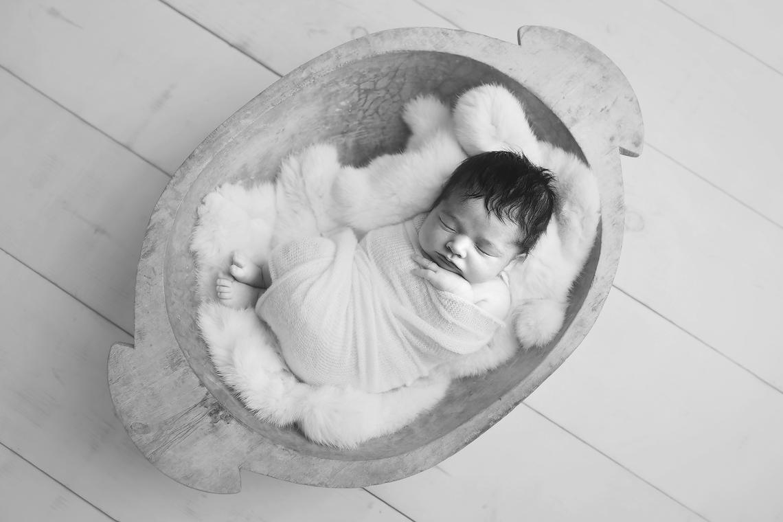 maryland_newborn_photographer_baby_hair.jpg