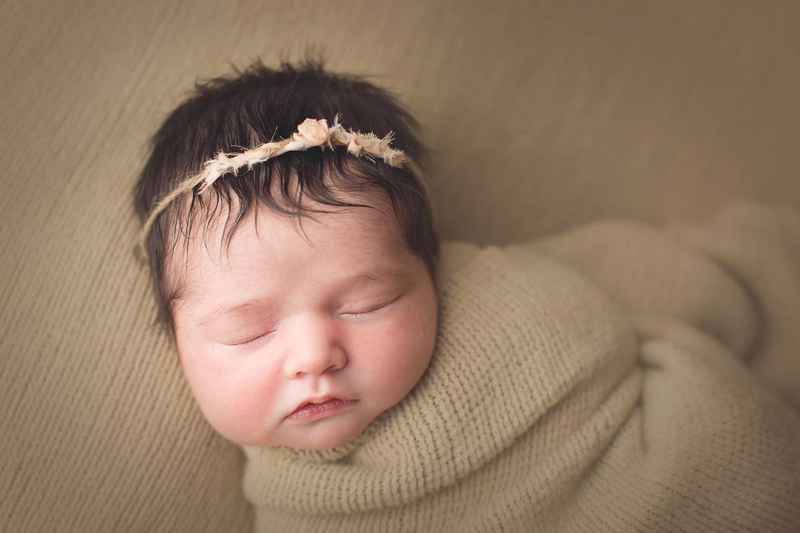 maryland_newborn_photographer_baltimore_bel_air.jpg