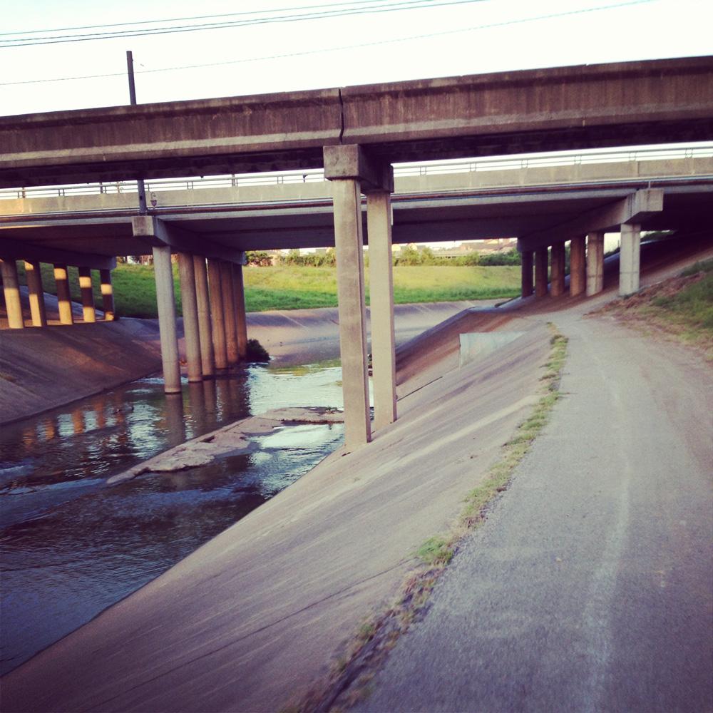 Brays-Bayou-Greenway-Trail,-Houston,-Texas