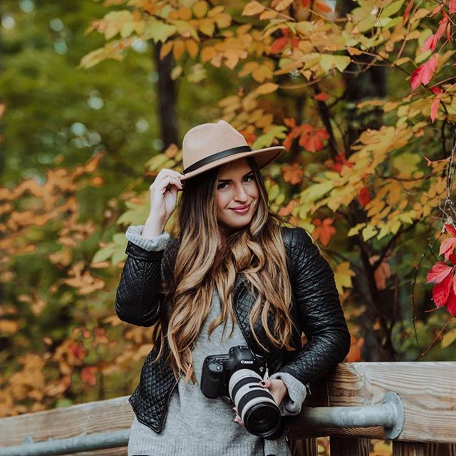 Had an amazing time with @mistamariephotography exploring Petosky today! So incredible this time of year #puremichigan 🌊✨🍁🍂 #hzphotos #hzphotography photo by @mistamariephotography