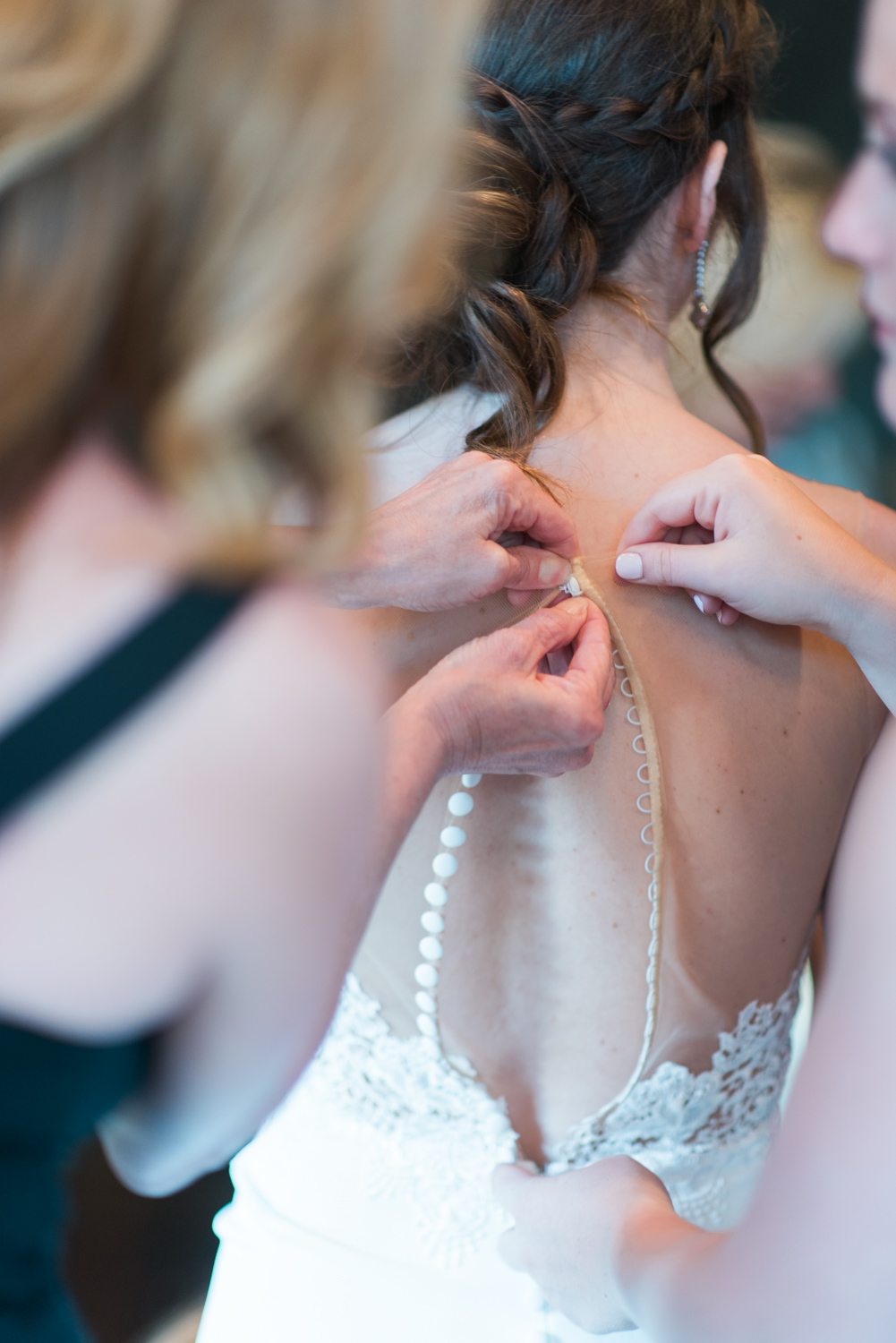 red tail country club wedding-5.jpg