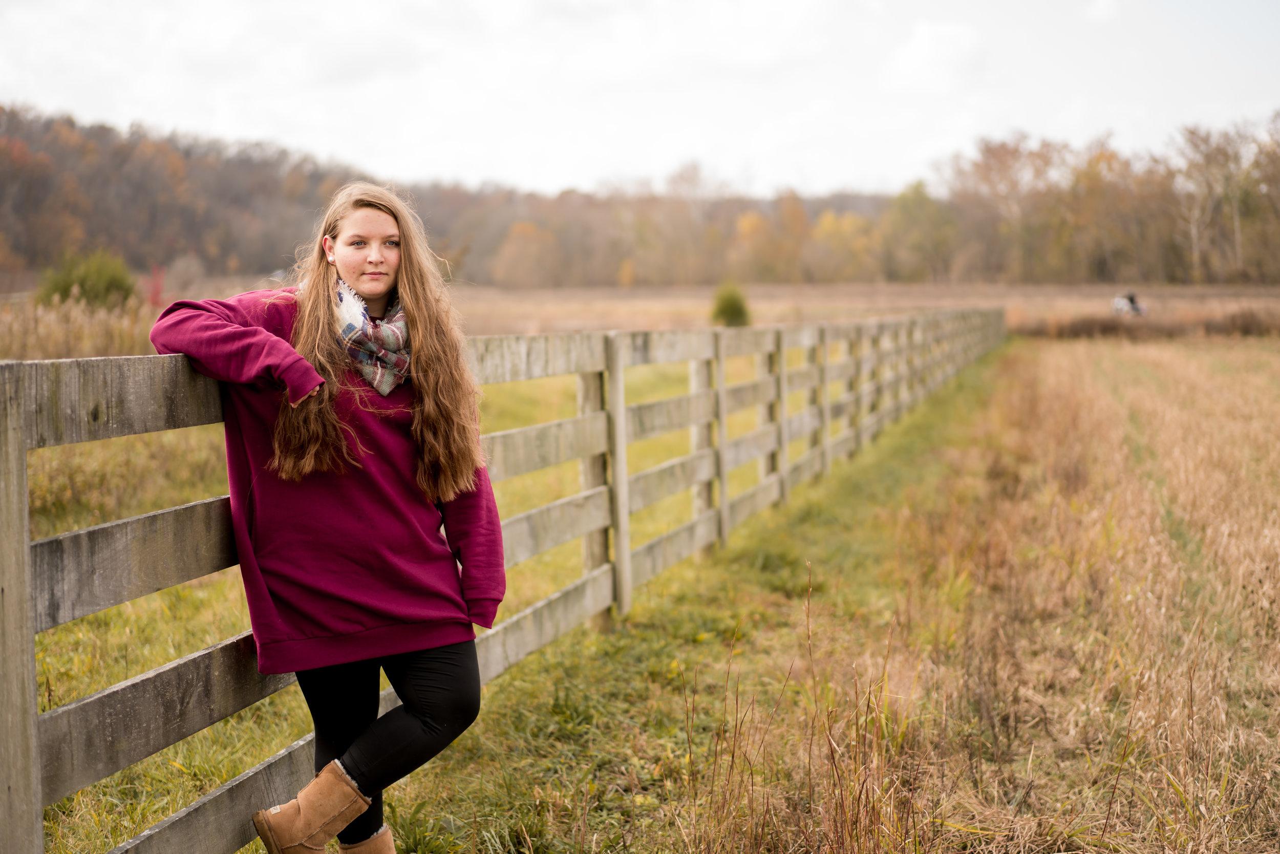 Senior field photo louisville photographer