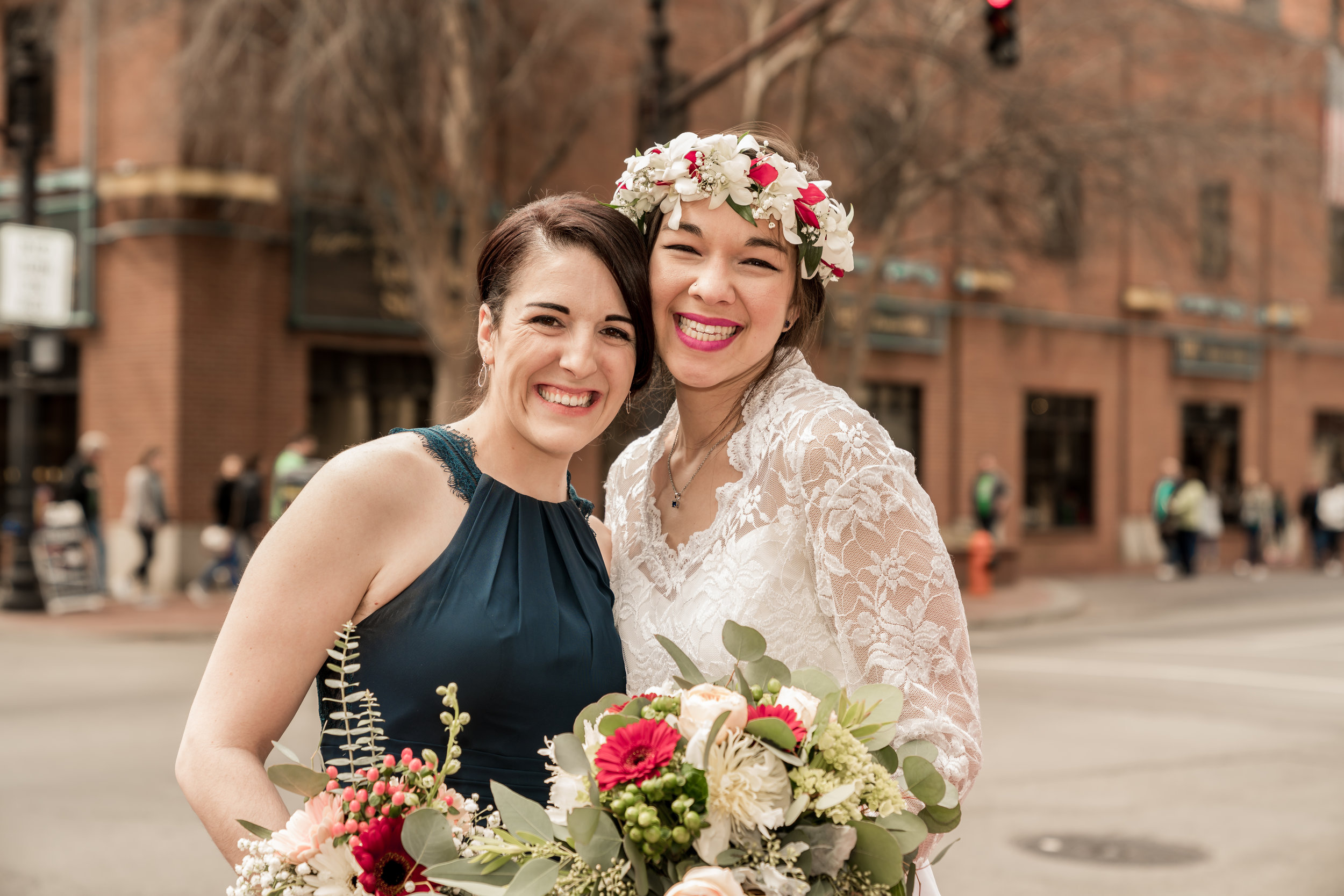 maid of honor field photo louisville photographer