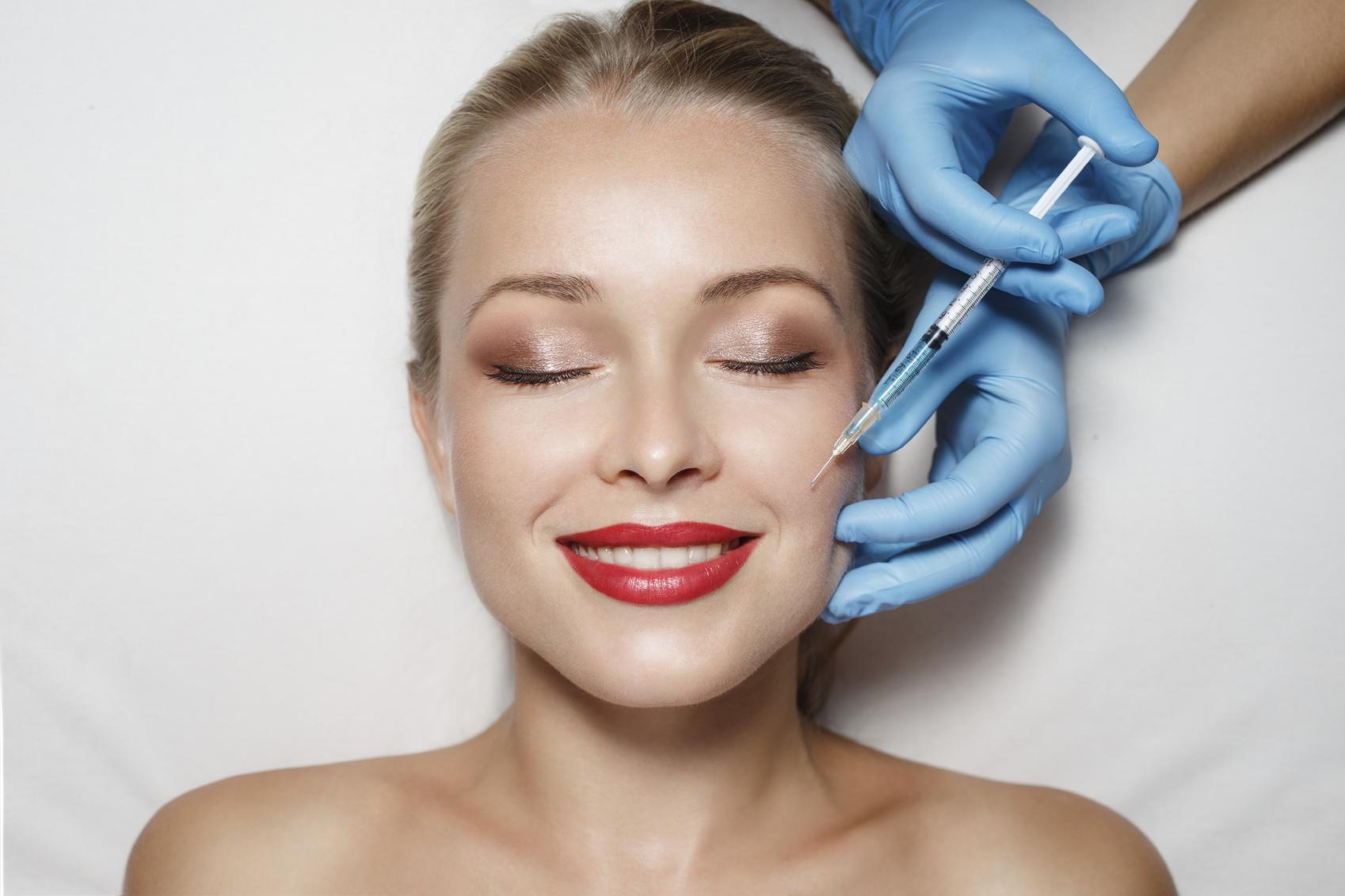 برامج التجميل - اكتشف سر جمال الكوريات من أجود عيادات التجميل في كوريا الجنوبية. عنايات متنوعة لبشرة الوجه، زراعة الشعر، العناية بالخلايا الجذعية، عمليات تجميلية.