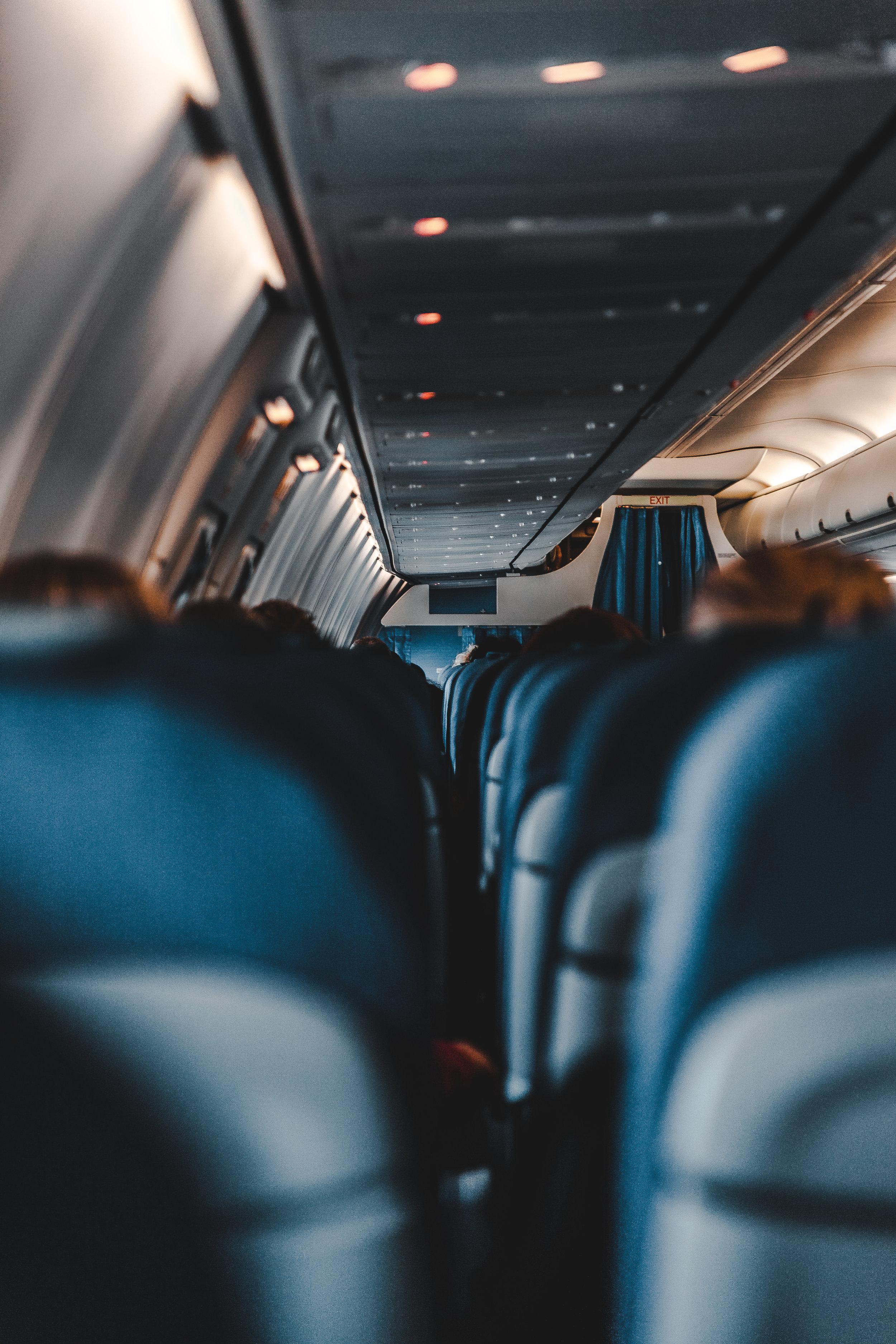 حجوزات الطيران والسكن والنقل - نوفر جميع حجوزات الطيران بمختلف الأسعار. وحجوزات السكن بأنواعه من فنادق وسكن خاص. بالإضافة إلى توفير وسائل النقل المختلفة من سيارات بأحجام مختلفة مع سائق أو بدون سائق