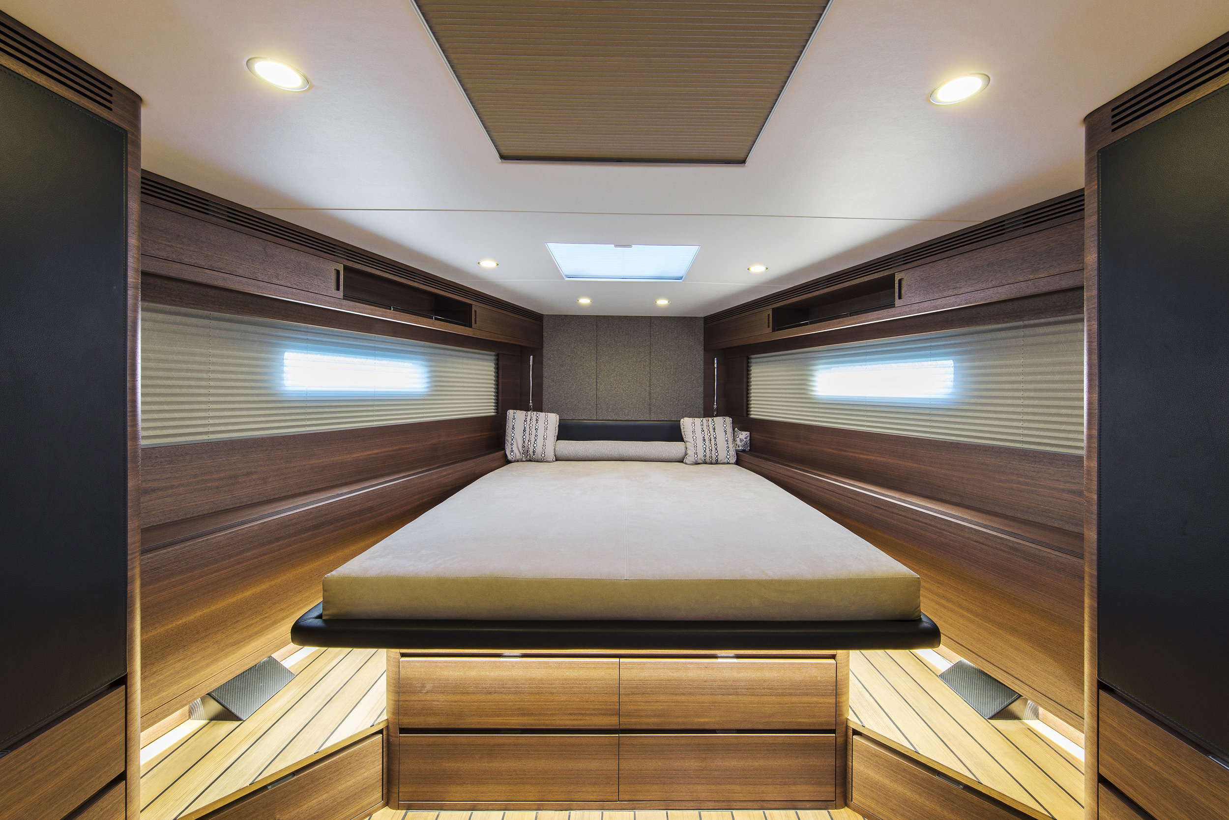 Luxury super yacht bed room