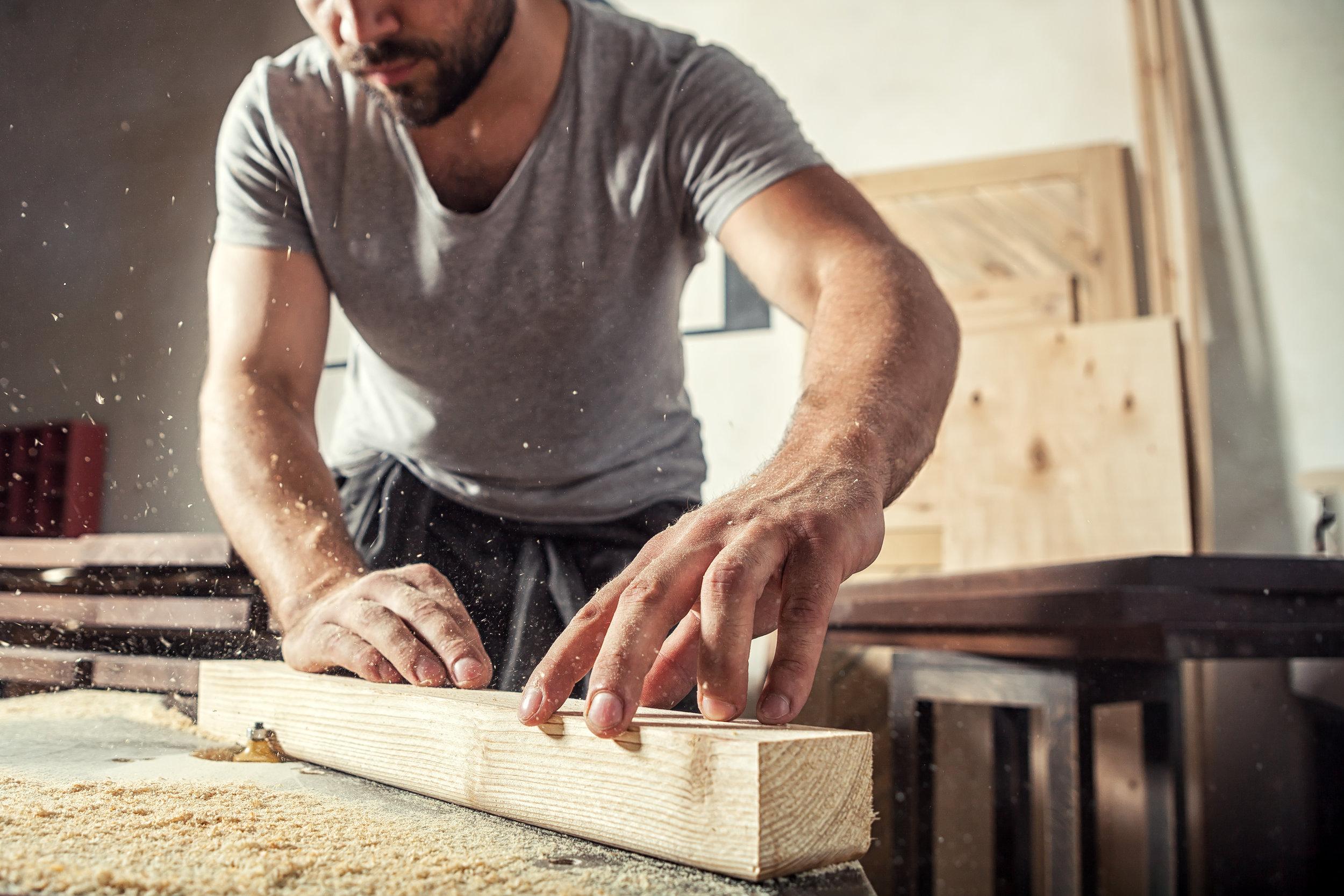 R&L woodworker.jpg