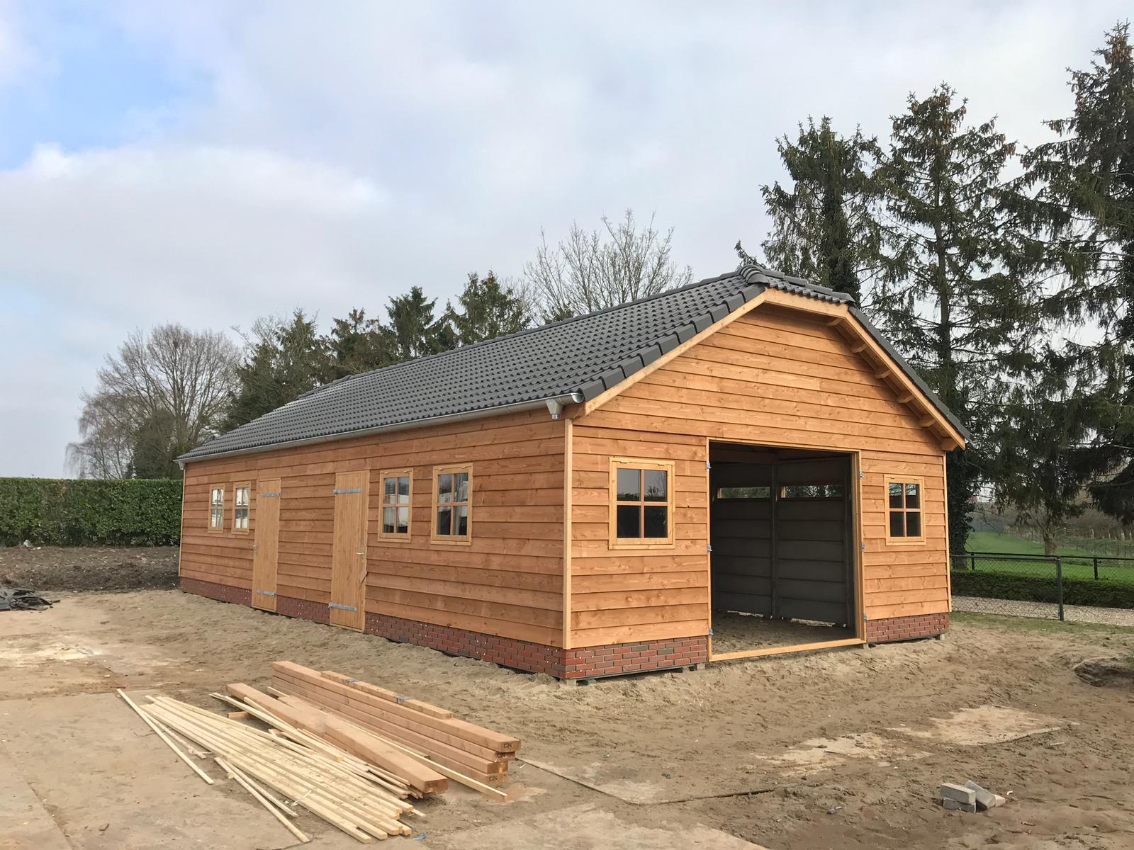 dubbele garage houten.jpeg