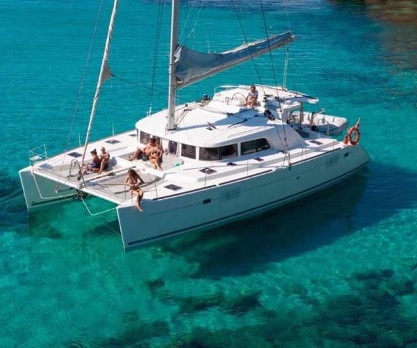 catamaran 25.jpg