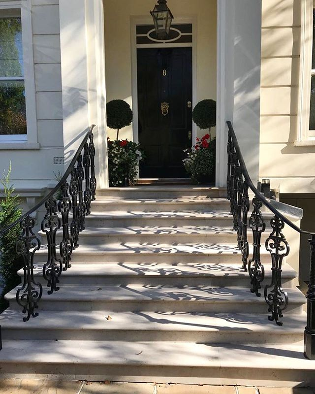 One of our favourite entrances 🏠 • • • #entrance #stairs #handrail #balustrade #shadow #lighting #photography #outside #primrosehill #london #stjohnswood #hampstead #stunning #elegant #perfect #luxury #exterior #external #externalworks #interiordesign #designer #design #interiors #instastyle