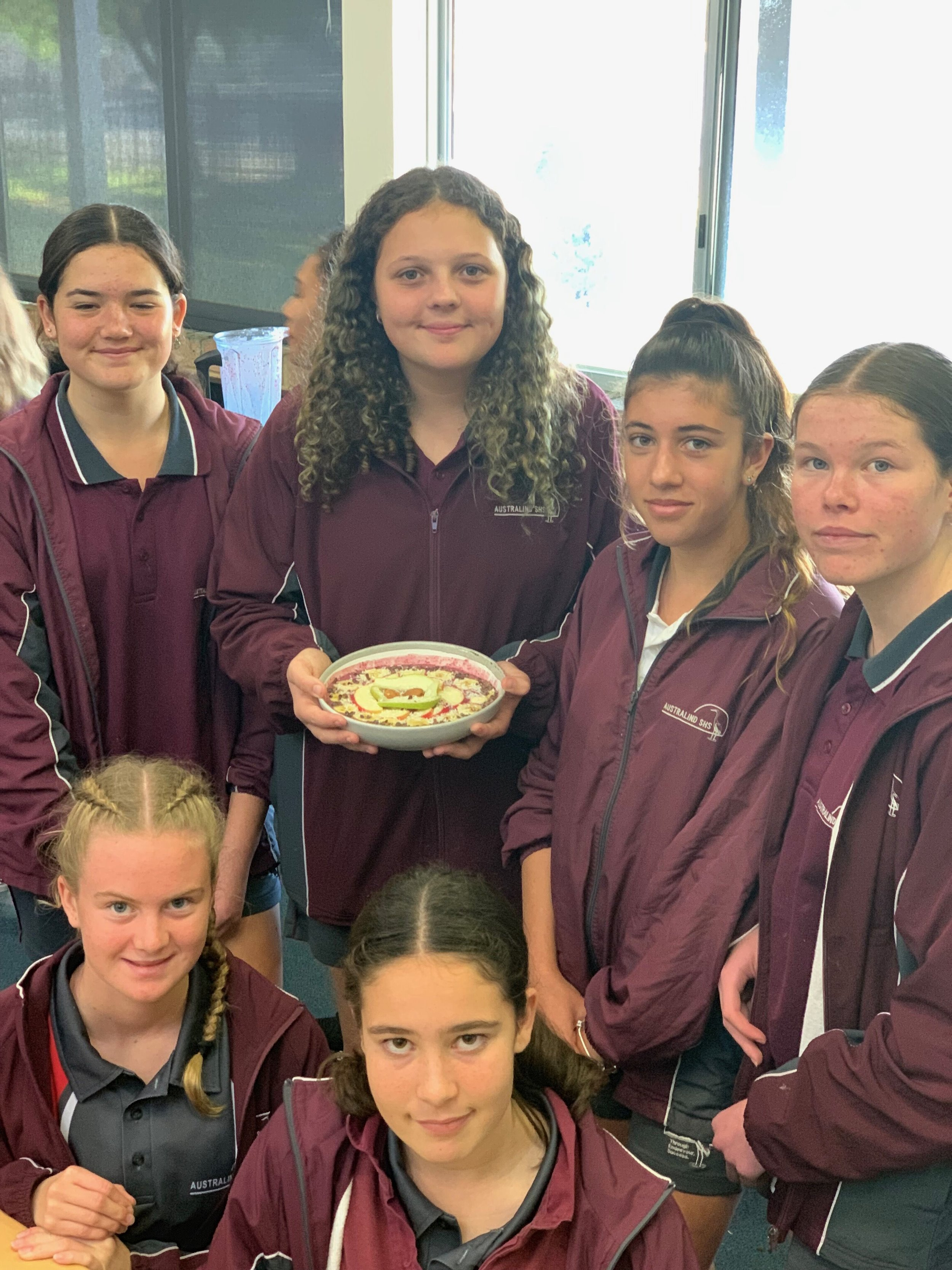 Some of the lovely students from the Australind Senior Highschool showcasing their MasterChef Smoothie Bowl creation. Having tried it, I can say it was delicious and full of antioxidant goodness!