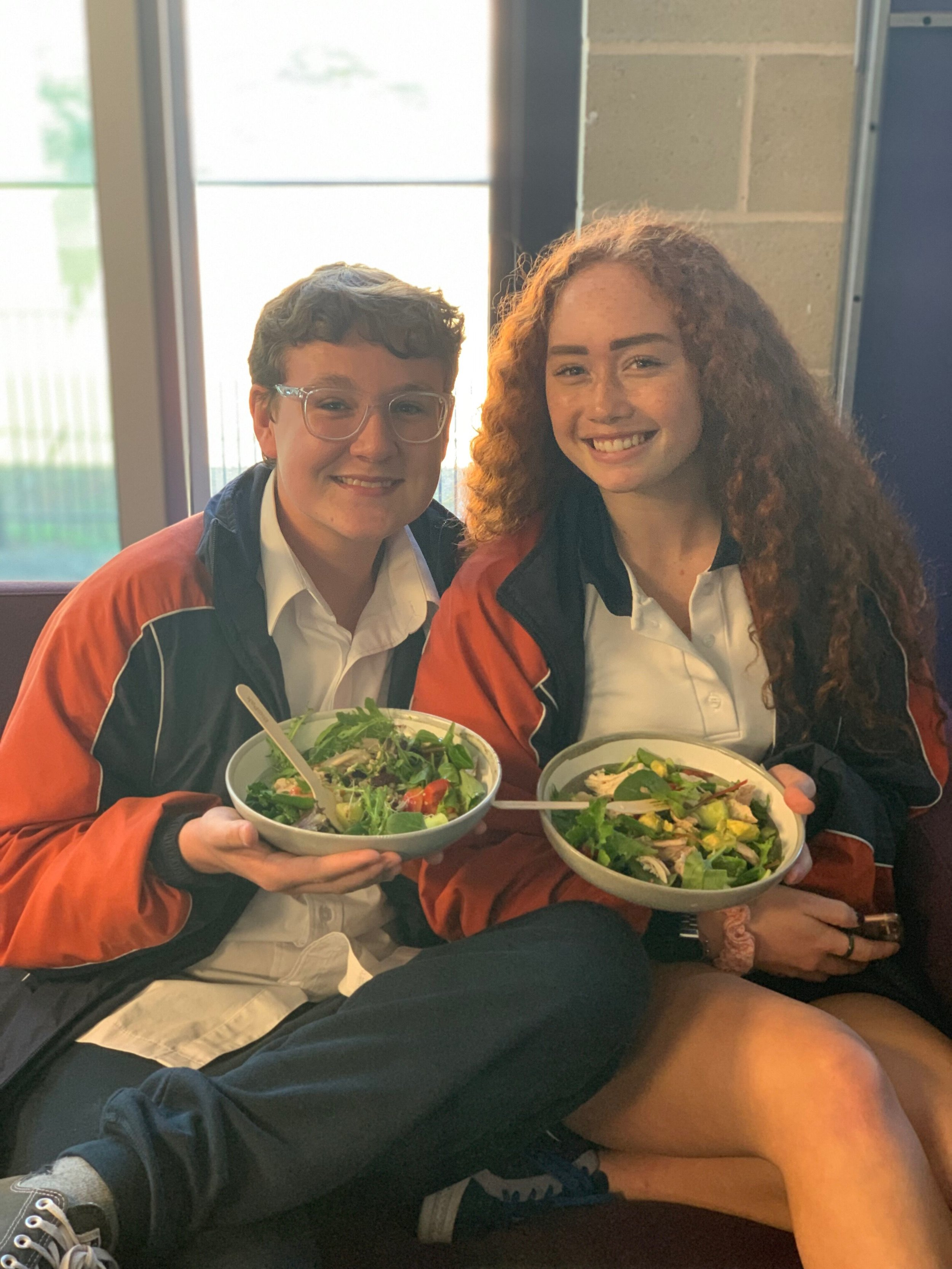 I love this picture of two besties at Dalyellup College enjoying their Macro Bowls. Healthy and happy :)
