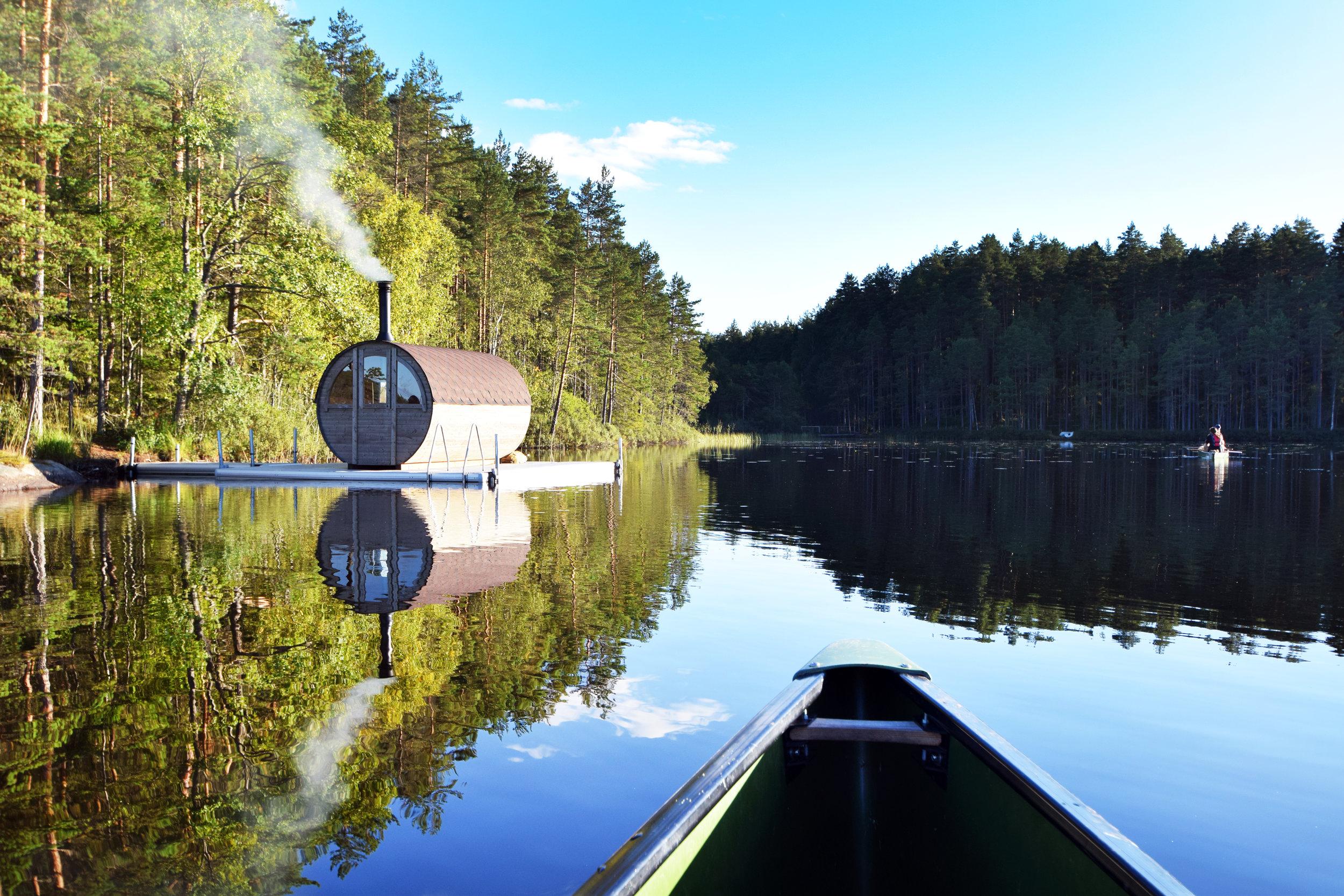 Canoe to the floating sauna. Photo: Inez Davidson